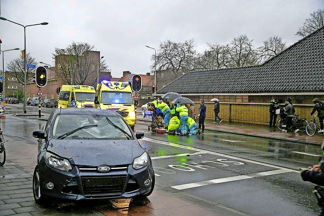 Getuigen gezocht van ernstig ongeval op Minckelersstraat in Hilversum