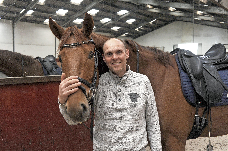 'Met een nieuw paard is het eigenlijk als de start van een nieuwe relatie, een start van een nieuw tijdperk', aldus Sander Marijnissen. De dressuurruiter uit Wijdewormer behoorde jarenlang tot de Nederlandse top