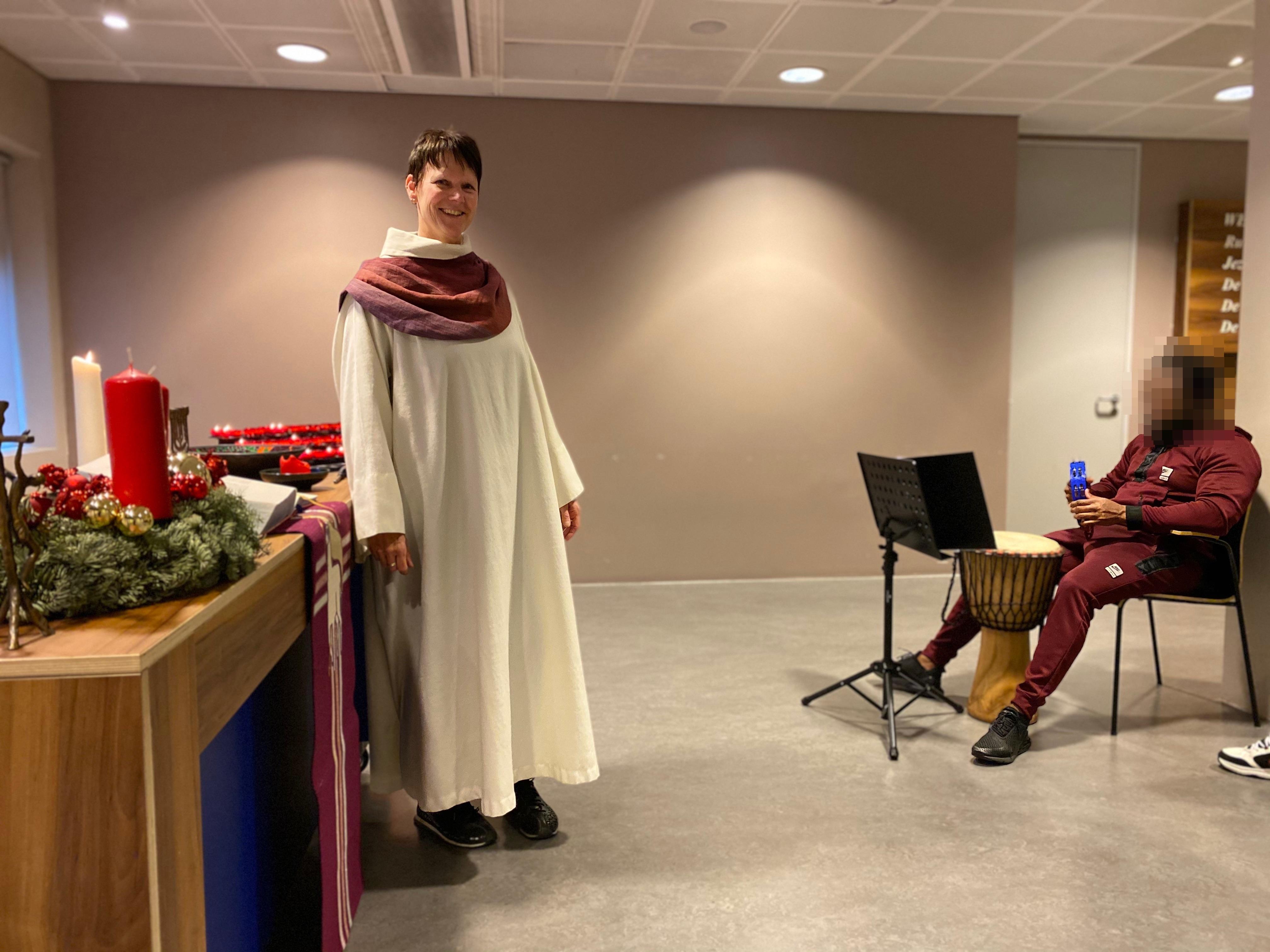 Muziek loopt als een rode draad door het leven van Liduine Thorn, nu als pastor op Schiphol