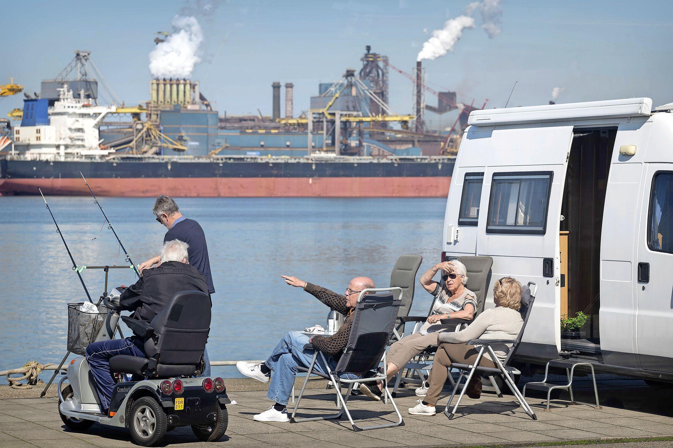 Nog even genieten aan de Kop van de Haven in IJmuiden