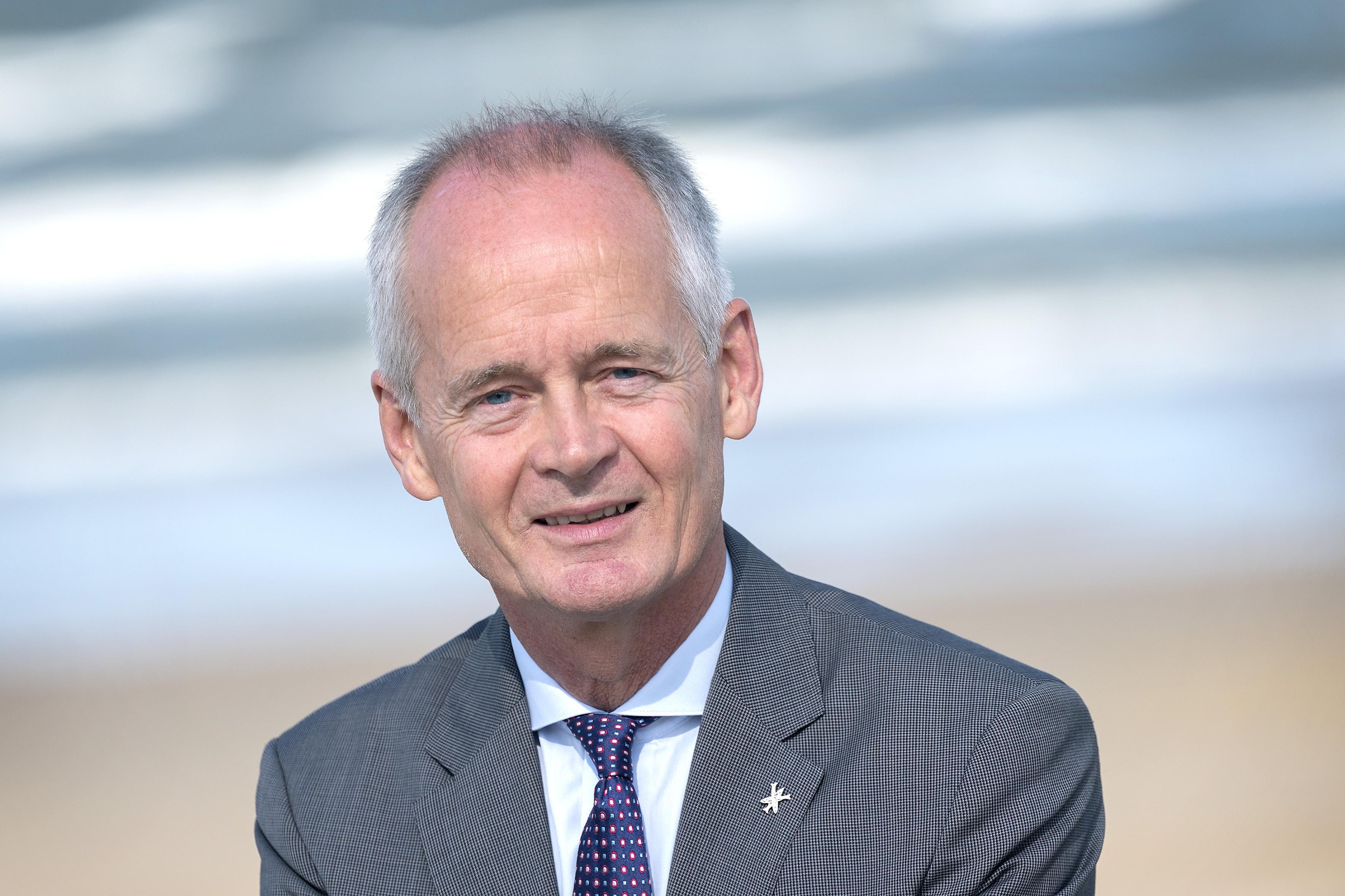 De twaalf tropenjaren van burgemeester Niek Meijer in mooi maar lastig Zandvoort: 'Er zijn mensen die dachten dat ik een watje ben. Welnu: het tegendeel is waar'