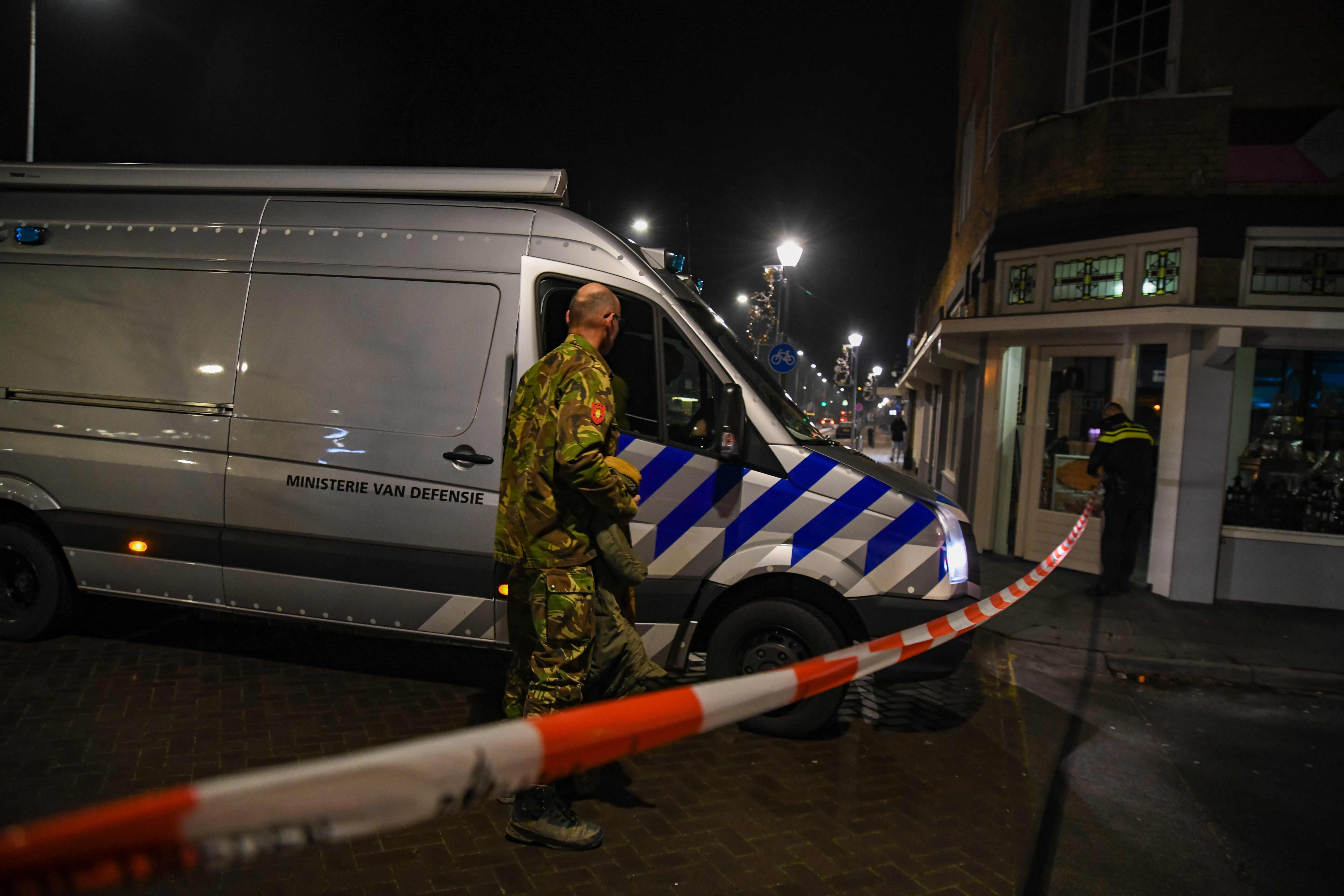 Explosievenopruimingsdienst neemt vuurwerk mee in Hilversum, een man aangehouden
