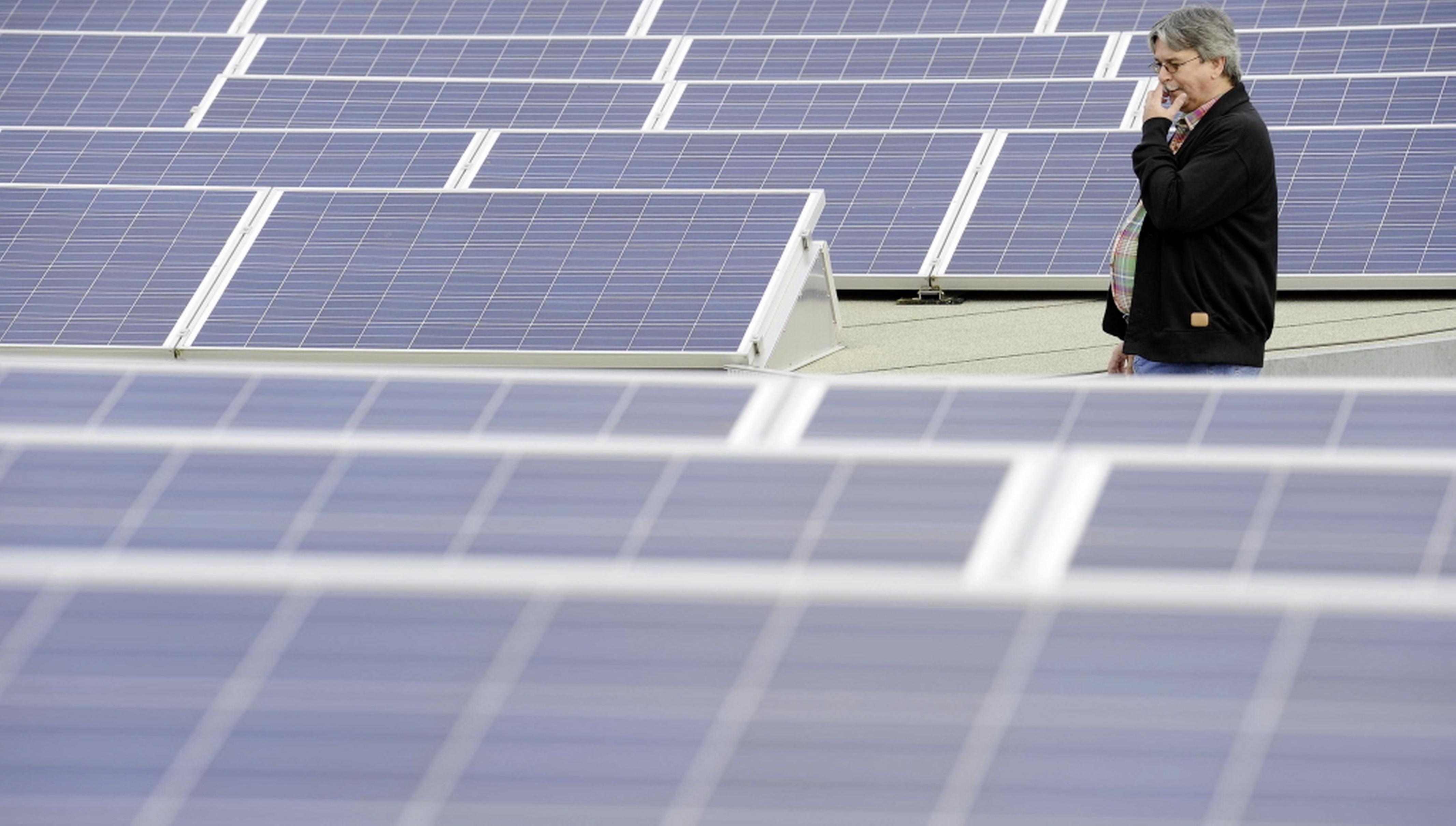 Veel zonnepanelen plaatsen op bedrijfspand in Medemblik? Dat kan mogelijk niet