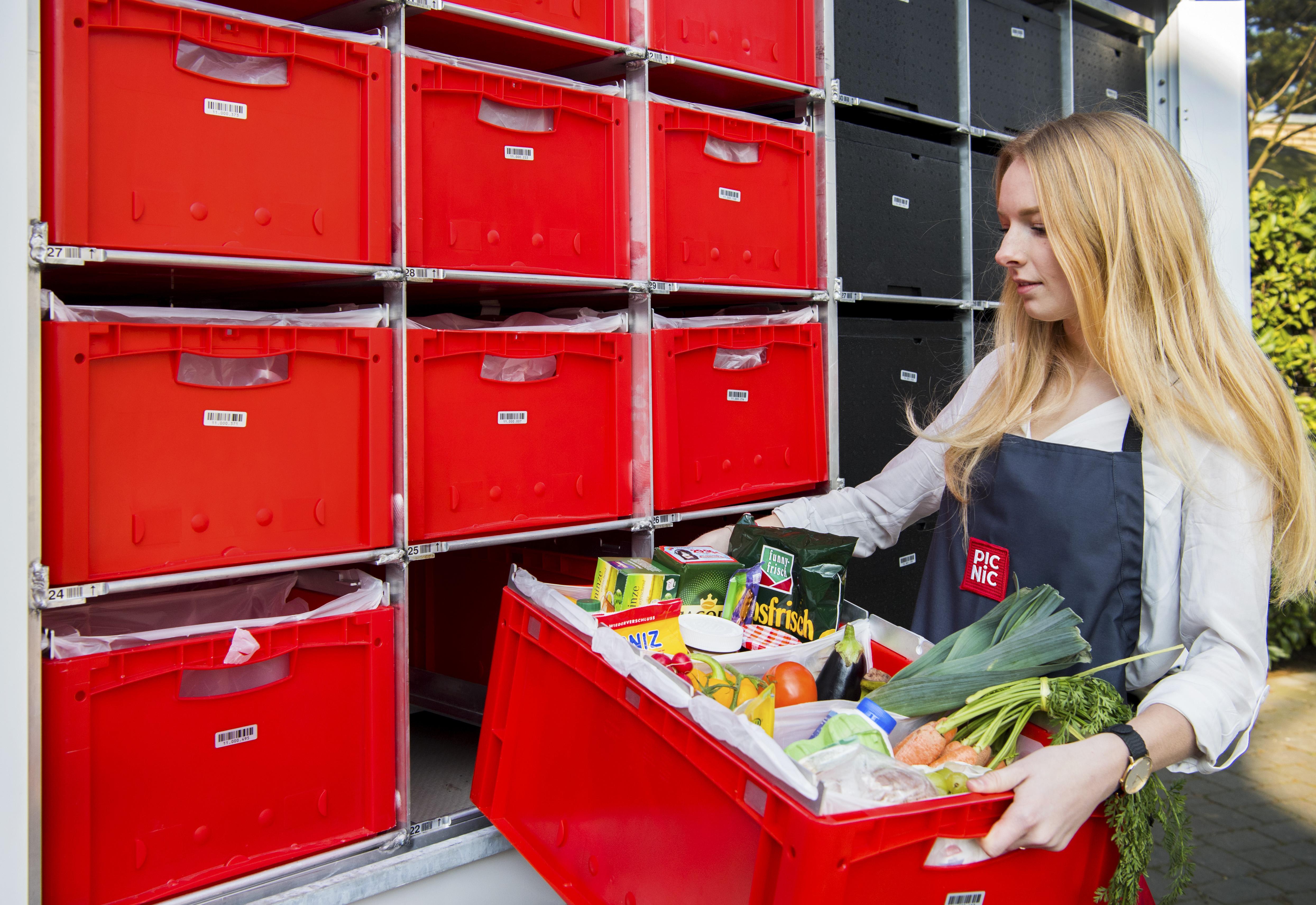 Zaandammers gaan voor noedelsoep; in Volendam is boerenyoghurt populair bij de online supermarkt