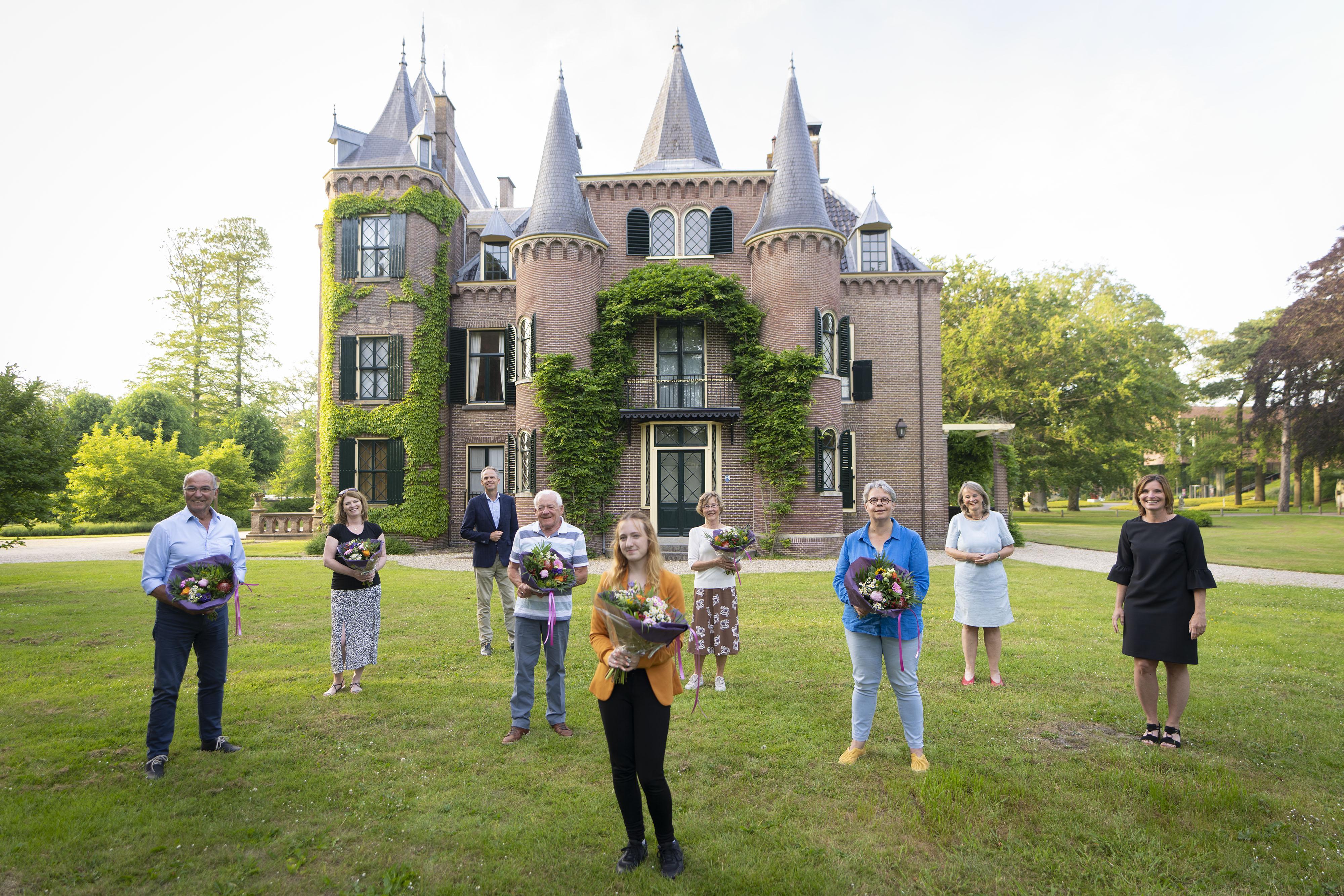 Lissese vrijwilligersprijzen uitgereikt: Bronzen penning voor wandelaar Franz van Sluis