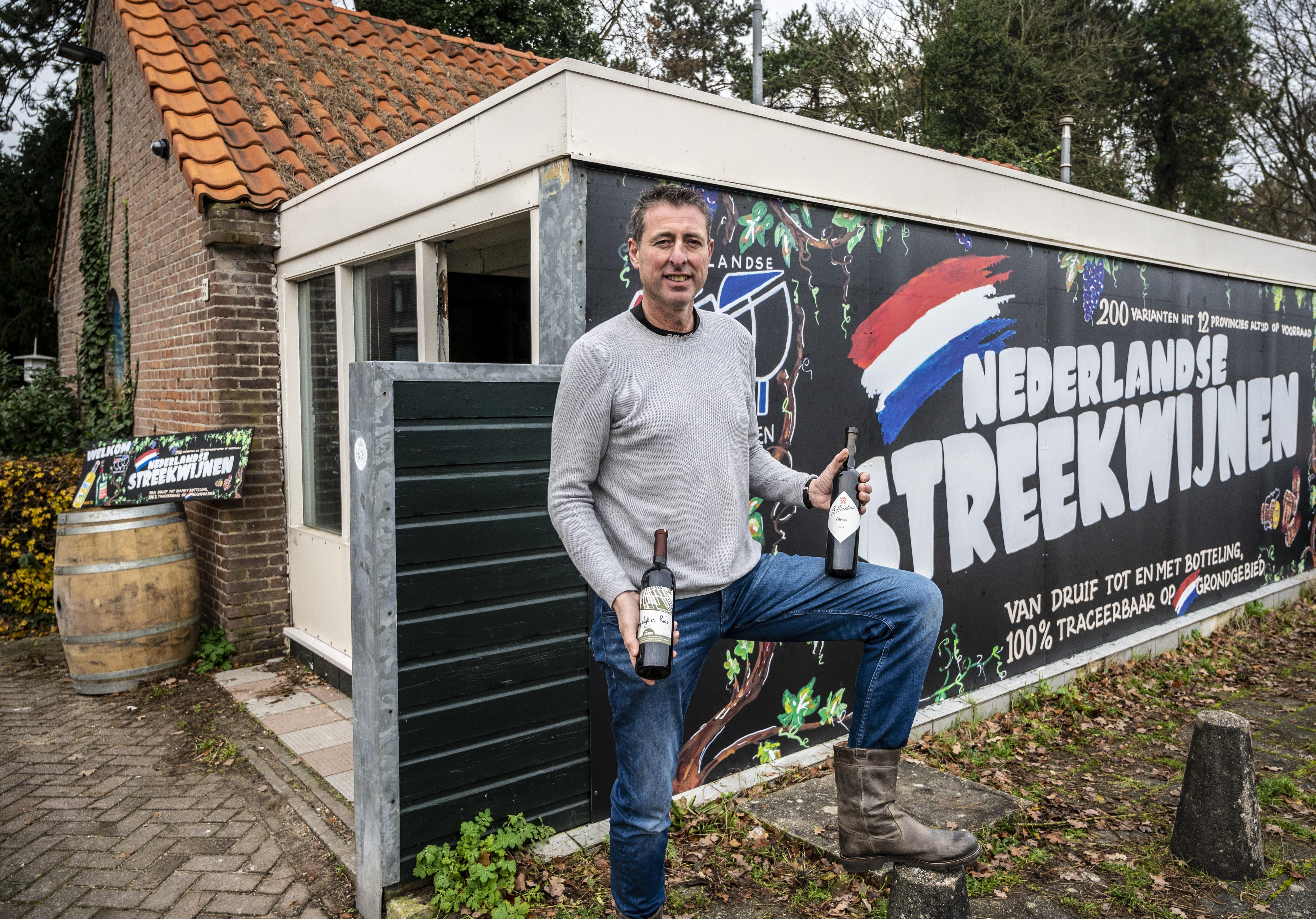 Patricks schatkamer van Nederlandse wijnen in Santpoort: 'steeds meer mensen ontdekken dat de kwaliteit heel hoog is'
