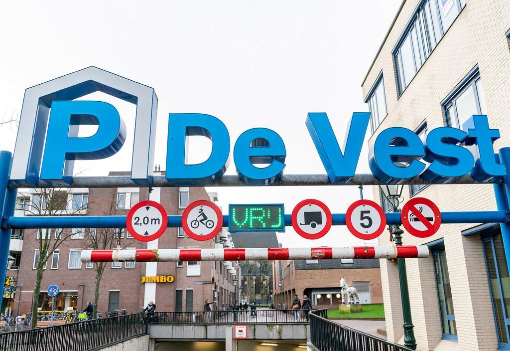 Meer parkeergarageabonnementen in Alkmaar. College wil hogere nachtbezetting
