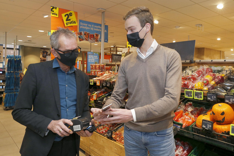 Don Varekamp (24) uit Anna Paulowna bouwde een app die afgeprijsde supermarktproducten toont: 'Minder keuzestress en voedselverspilling tegengaan'