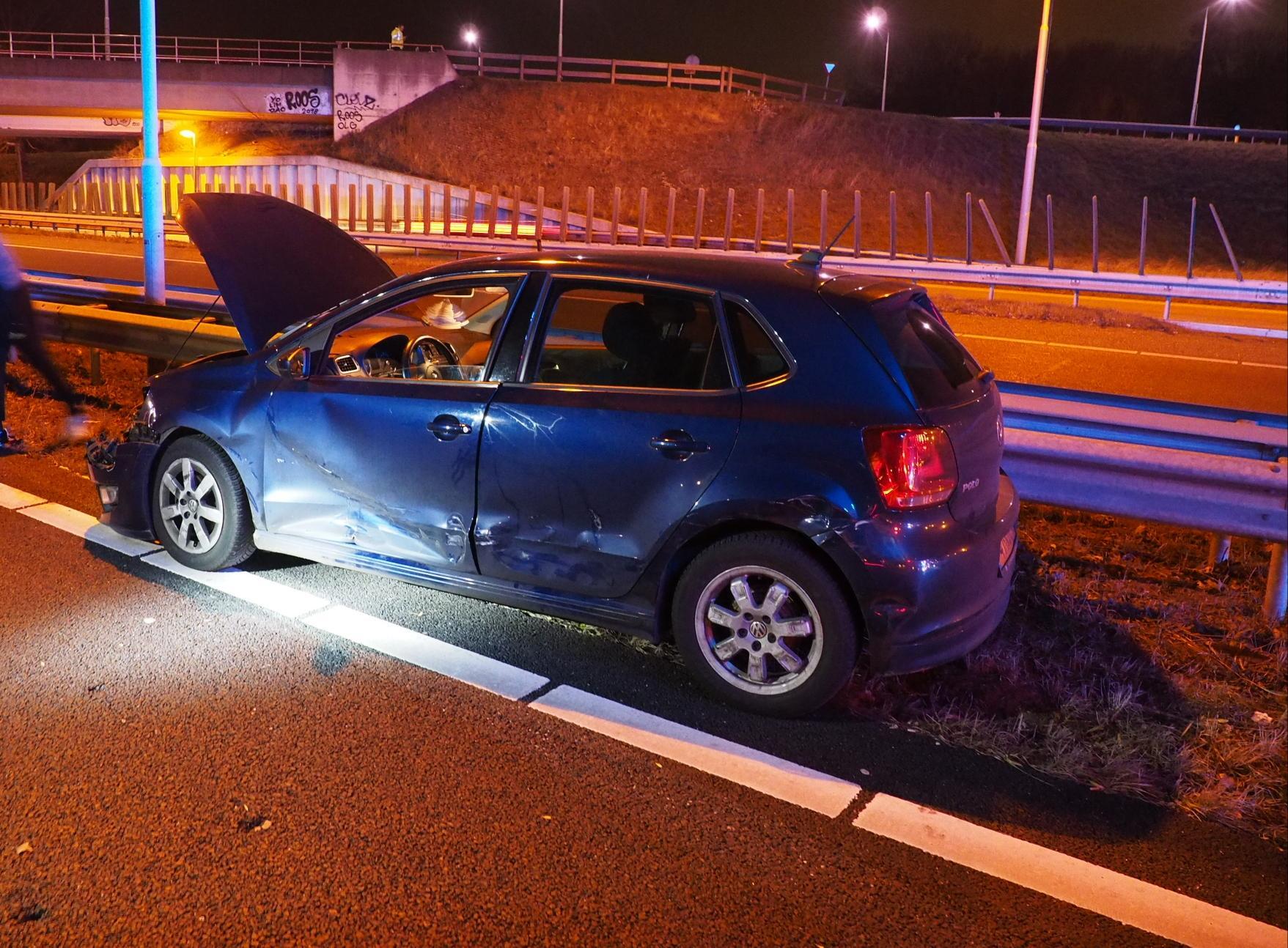 Flinke schade bij ongeluk A208 in Velsen-Zuid