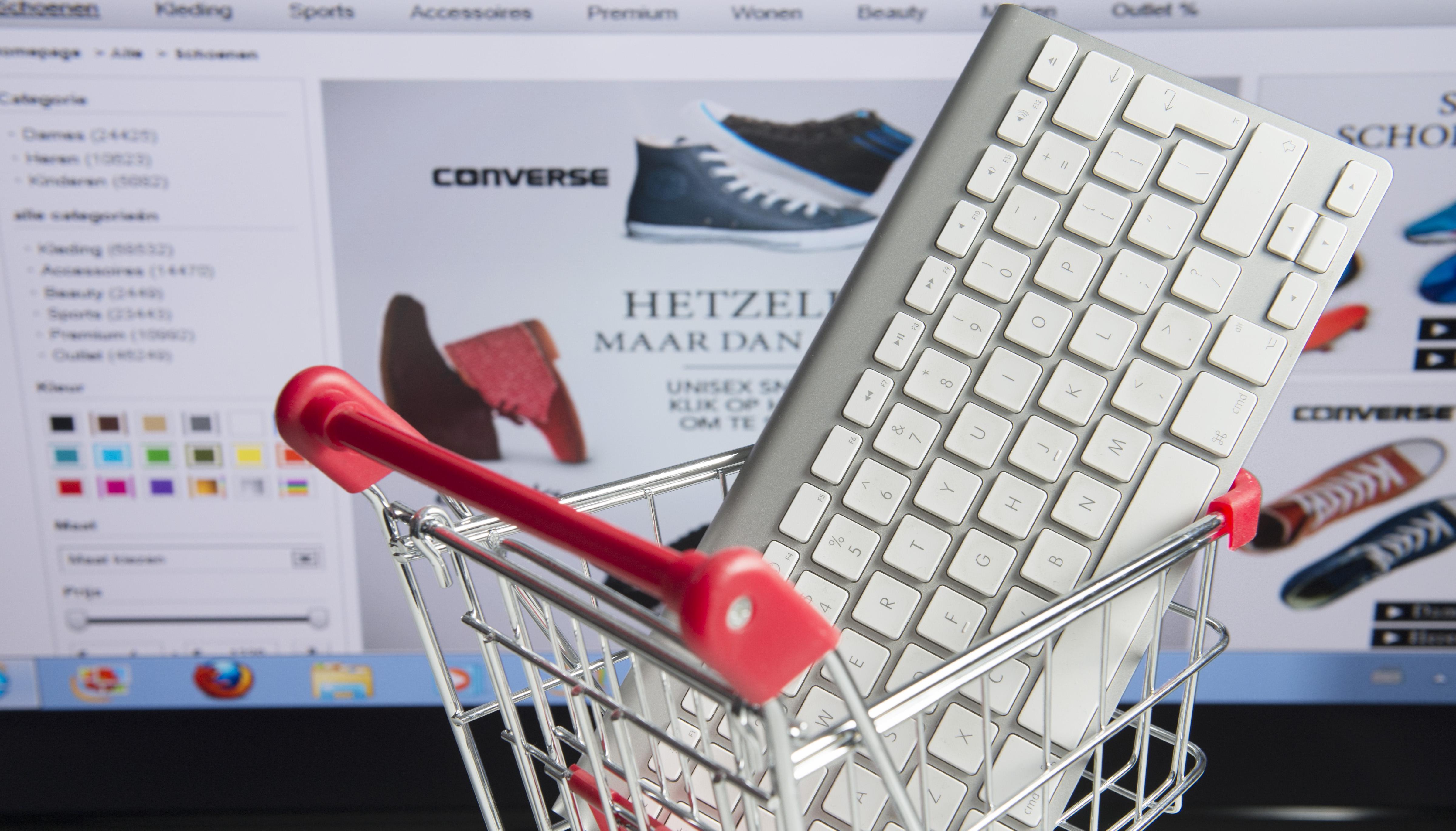 Met een muisklik zien wat de middenstand te bieden heeft: het college van Alkmaar onderzoekt de mogelijkheden van zo'n gezamenlijke webwinkel