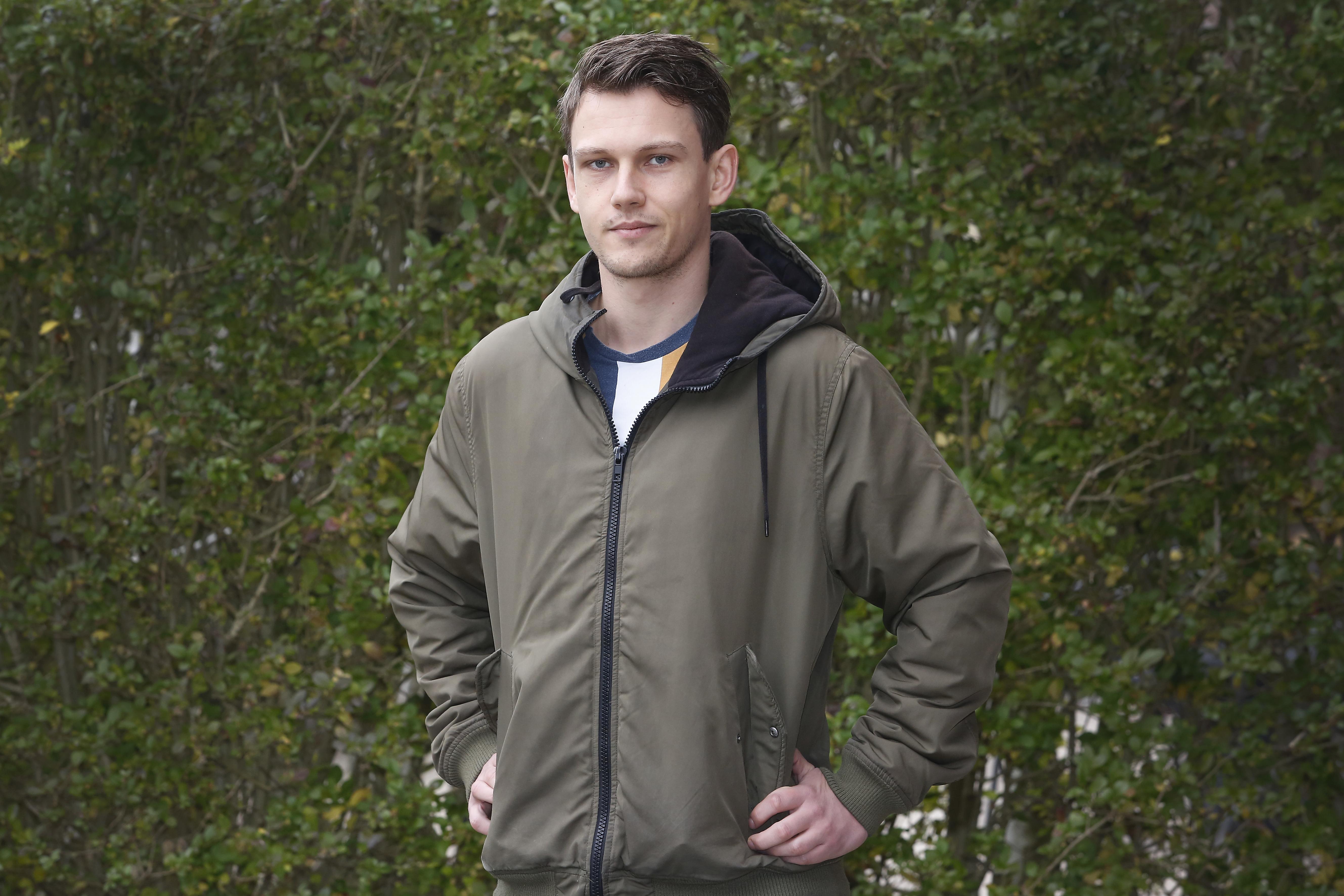 Handballer Menno van Lint: 'Ik gebruik altijd fikse klodders van dat spul. Het is wennen'