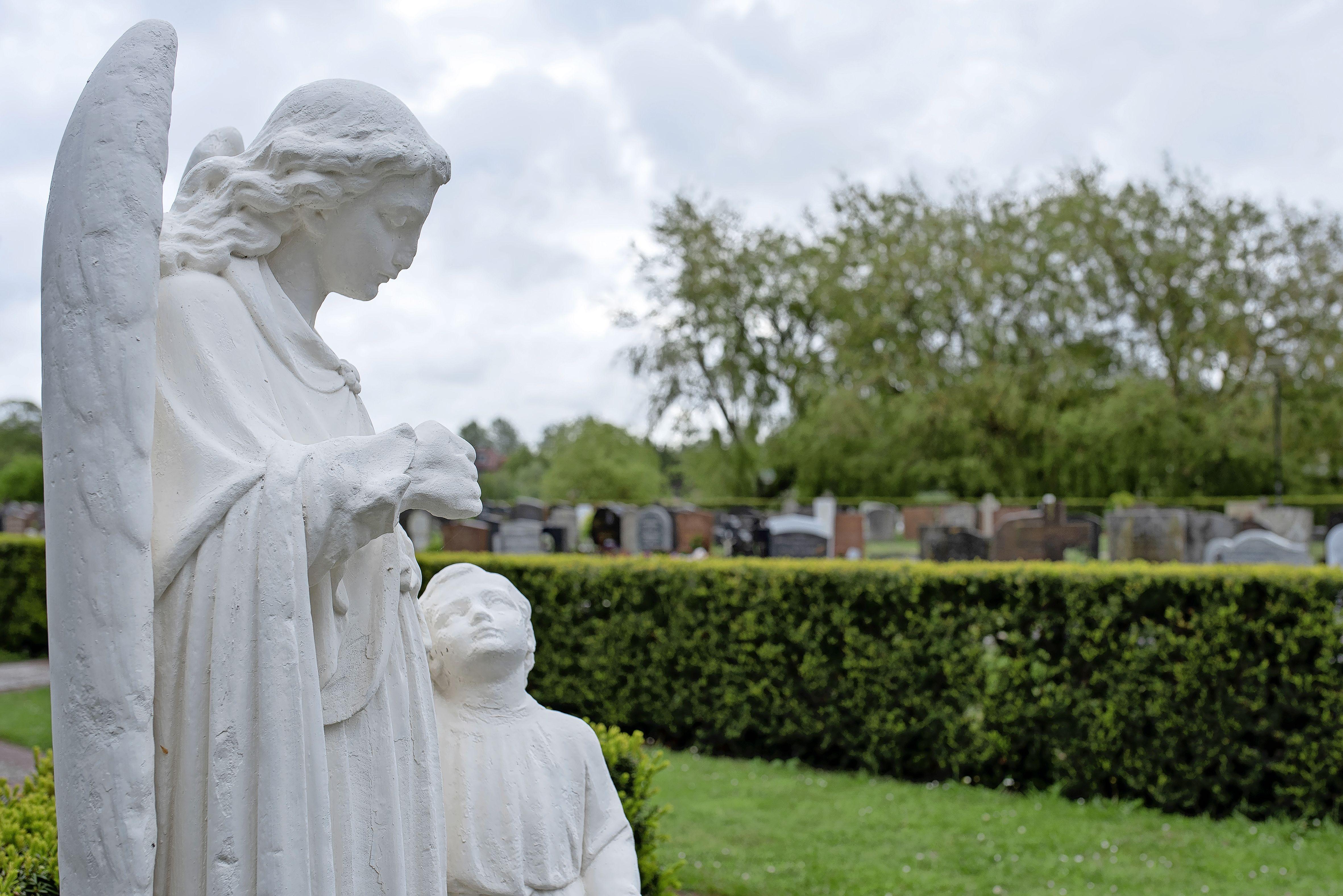 Meeste dorpers laten zich liever begraven dan cremeren; Weekend van de Begraafplaats