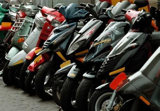 Werkstraf voor zeven scooterdiefstallen in Naarden