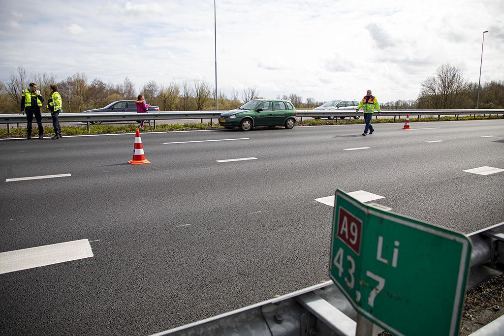 Vertraging op de A9 bij Haarlemmerliede door een verkeersongeval