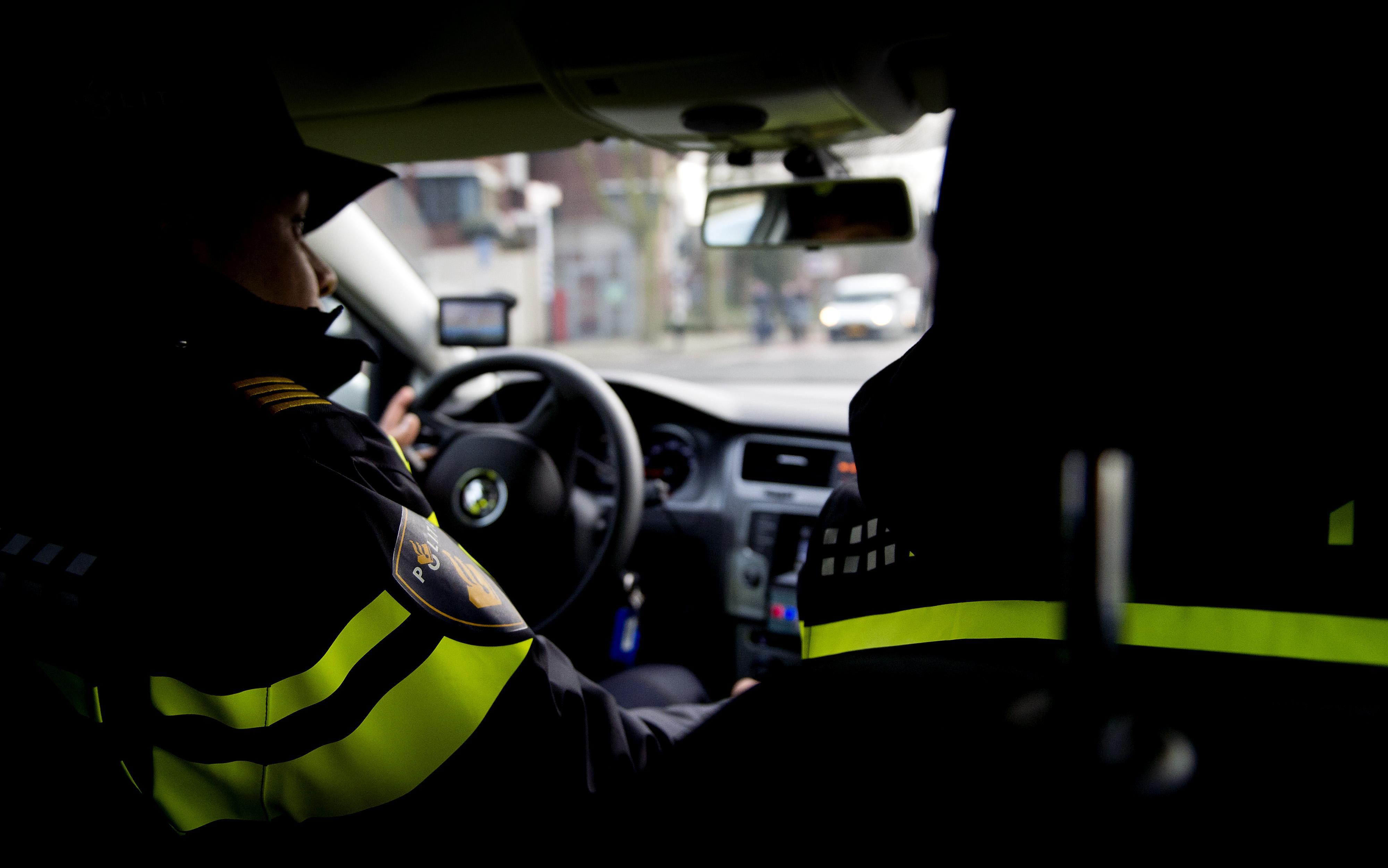 Man aangehouden op A9 bij Schiphol voor ruim 200 kilometer per uur zonder rijbewijs