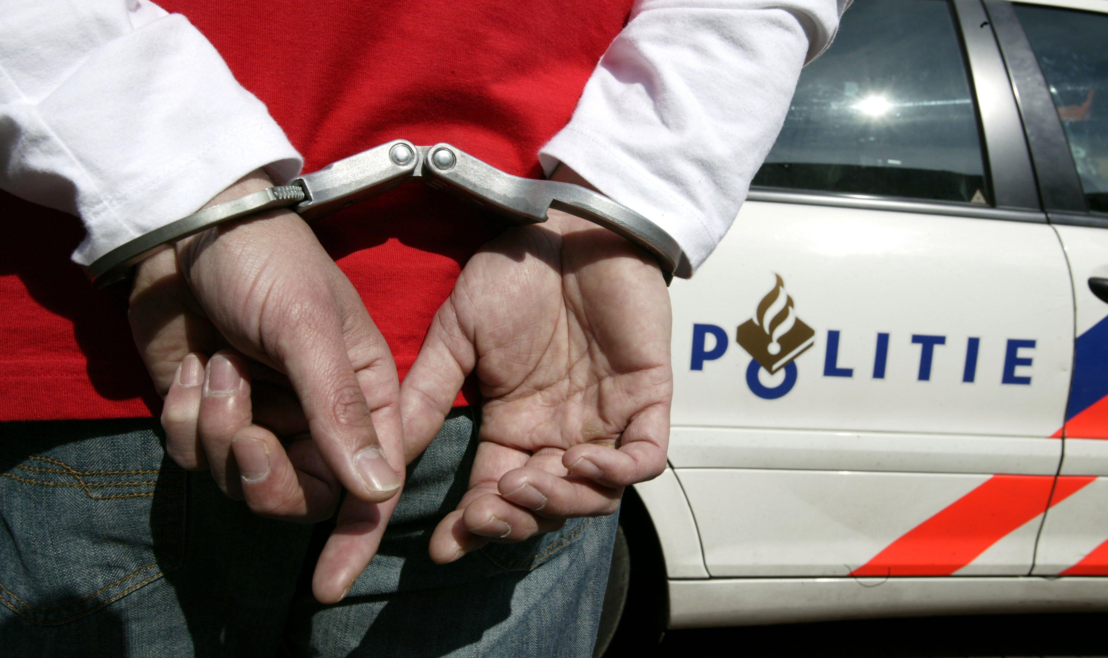 Vijf Amsterdammers aangehouden voor inbraak in Zwaanshoek