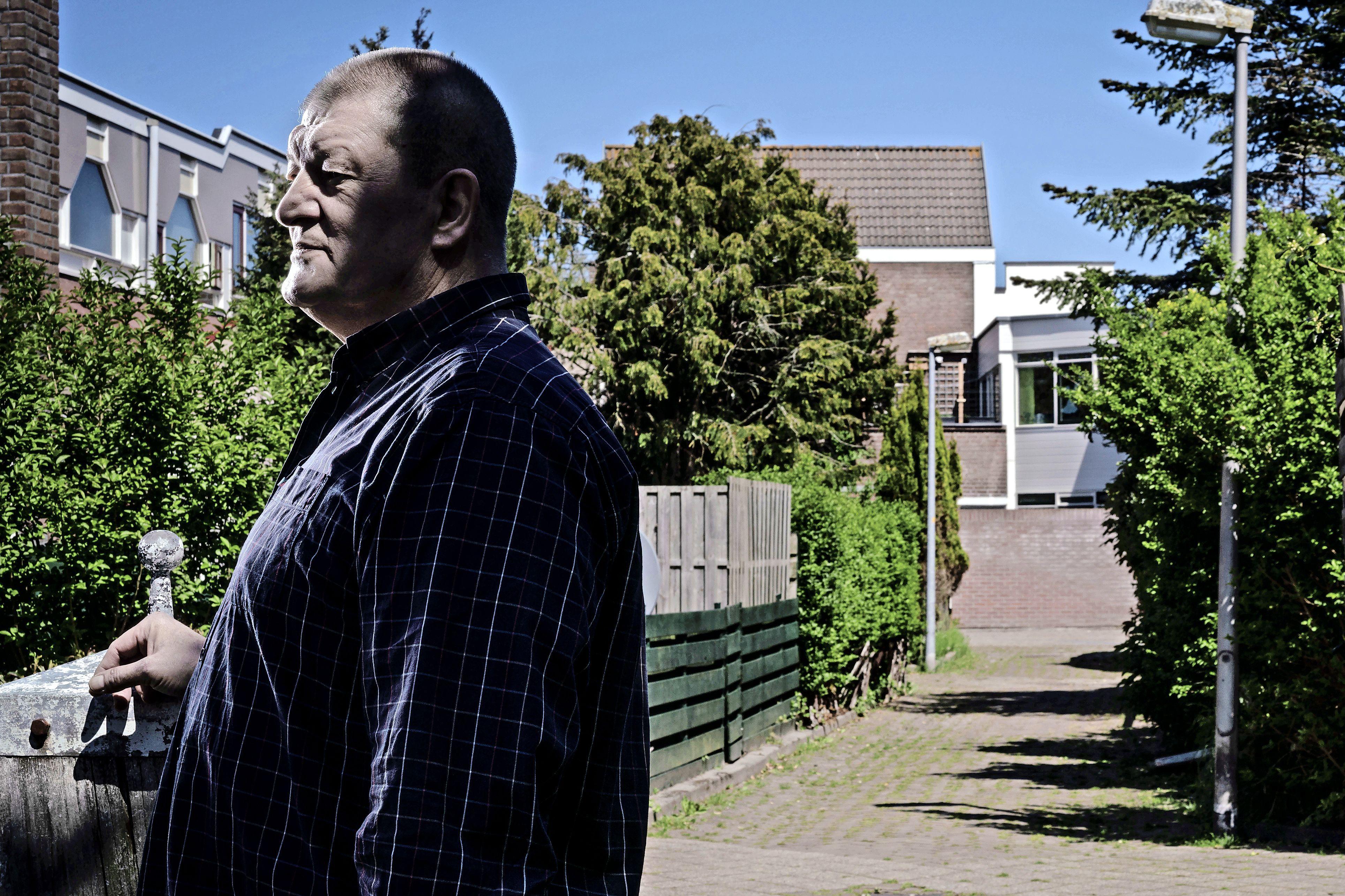 In de borstzak van zijn spijkeroverhemd zat steevast een granaat vastgetapet. Oud-topcrimineel Peter (64) zat in totaal 22 jaar vast. 'Justitie weet acht à negen procent van alles wat ik heb gedaan'