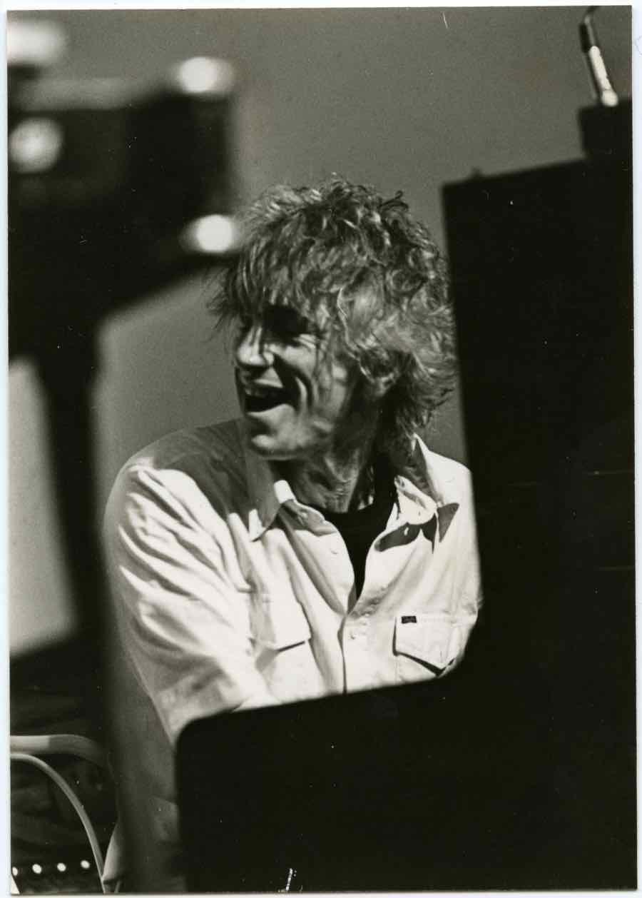 Overleden Hilversumse jazzlegende Arend Nijenhuis (86) vooral beroemd onder gelijkgestemden, zoals vriend en pianist Jan Huydts: 'Hij was mijn goeroe. Een bohemien met een absoluut gehoor'