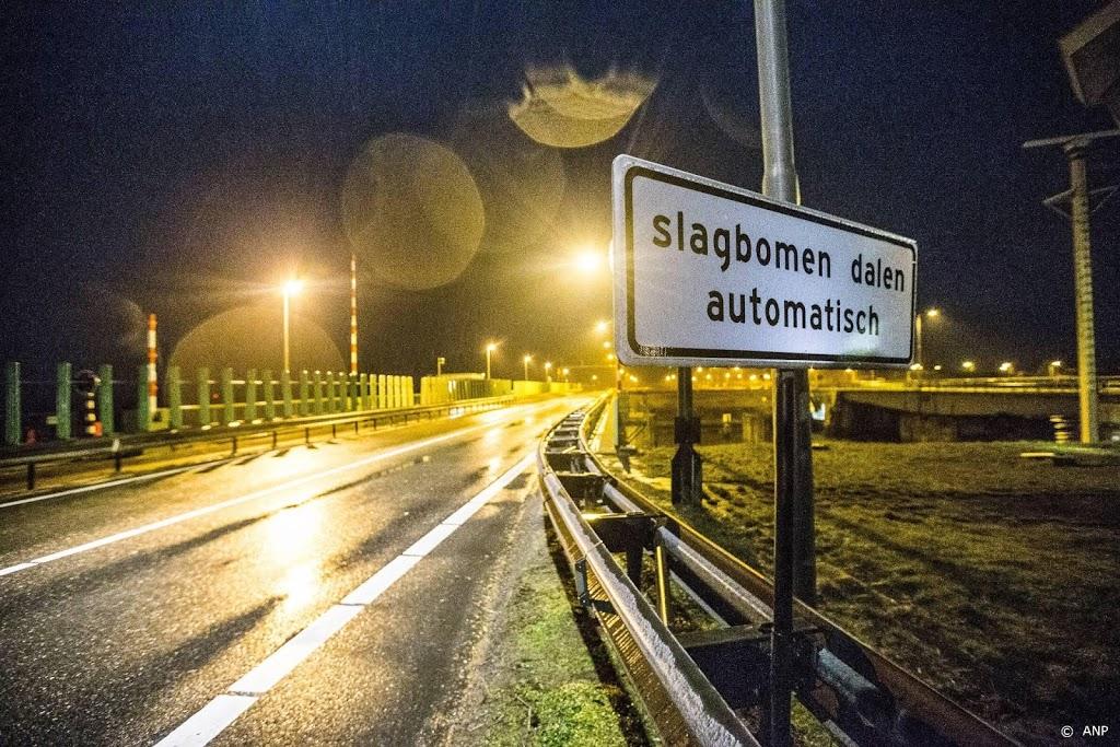Verkeer kan weer naar Friesland over Afsluitdijk