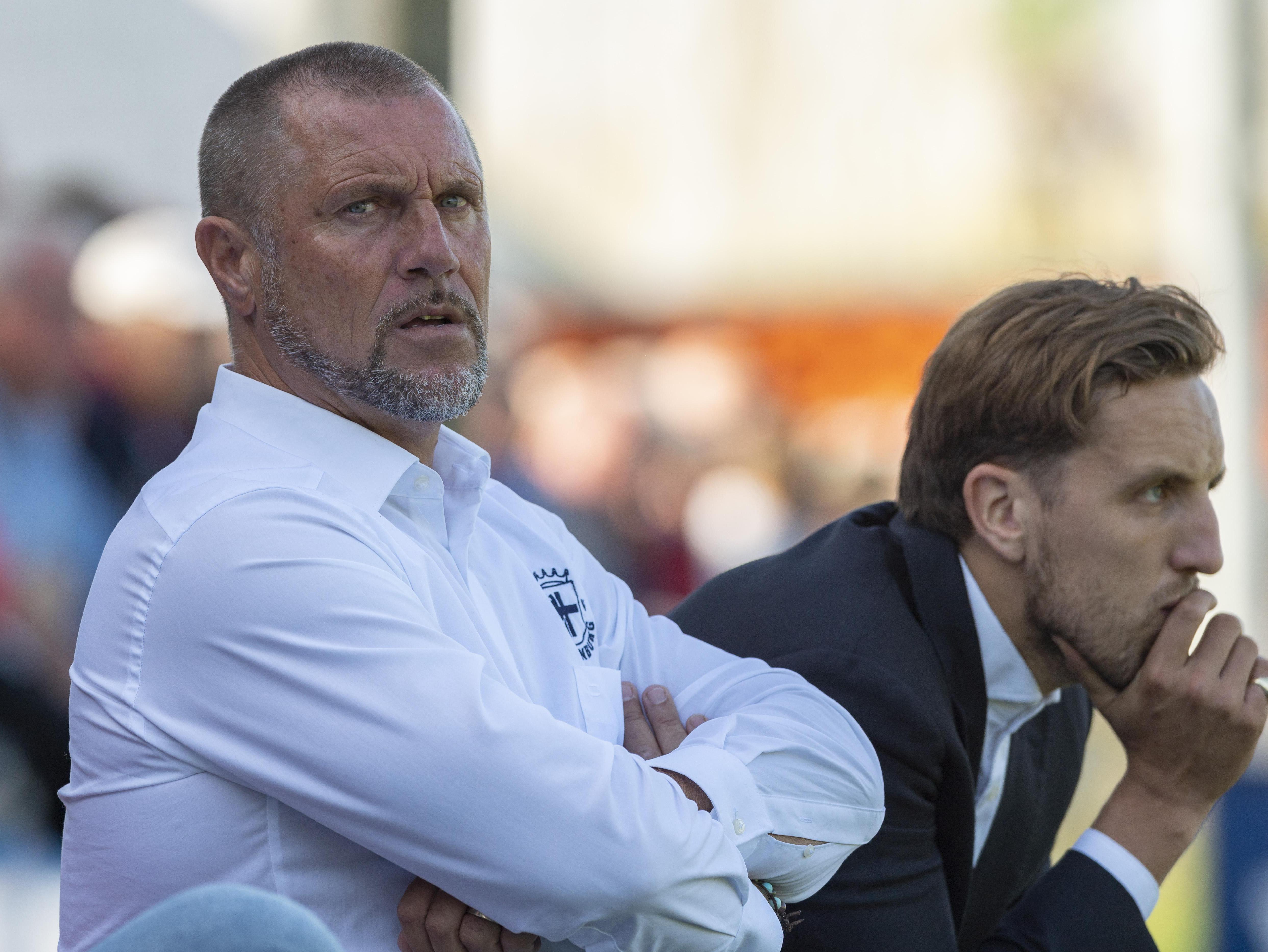 Bekritiseerde Spakenburg-trainer John de Wolf blijft ook na beschamend verlies in Hardenberg strijdvaardig: 'Het team herbergt echt genoeg kwaliteit'