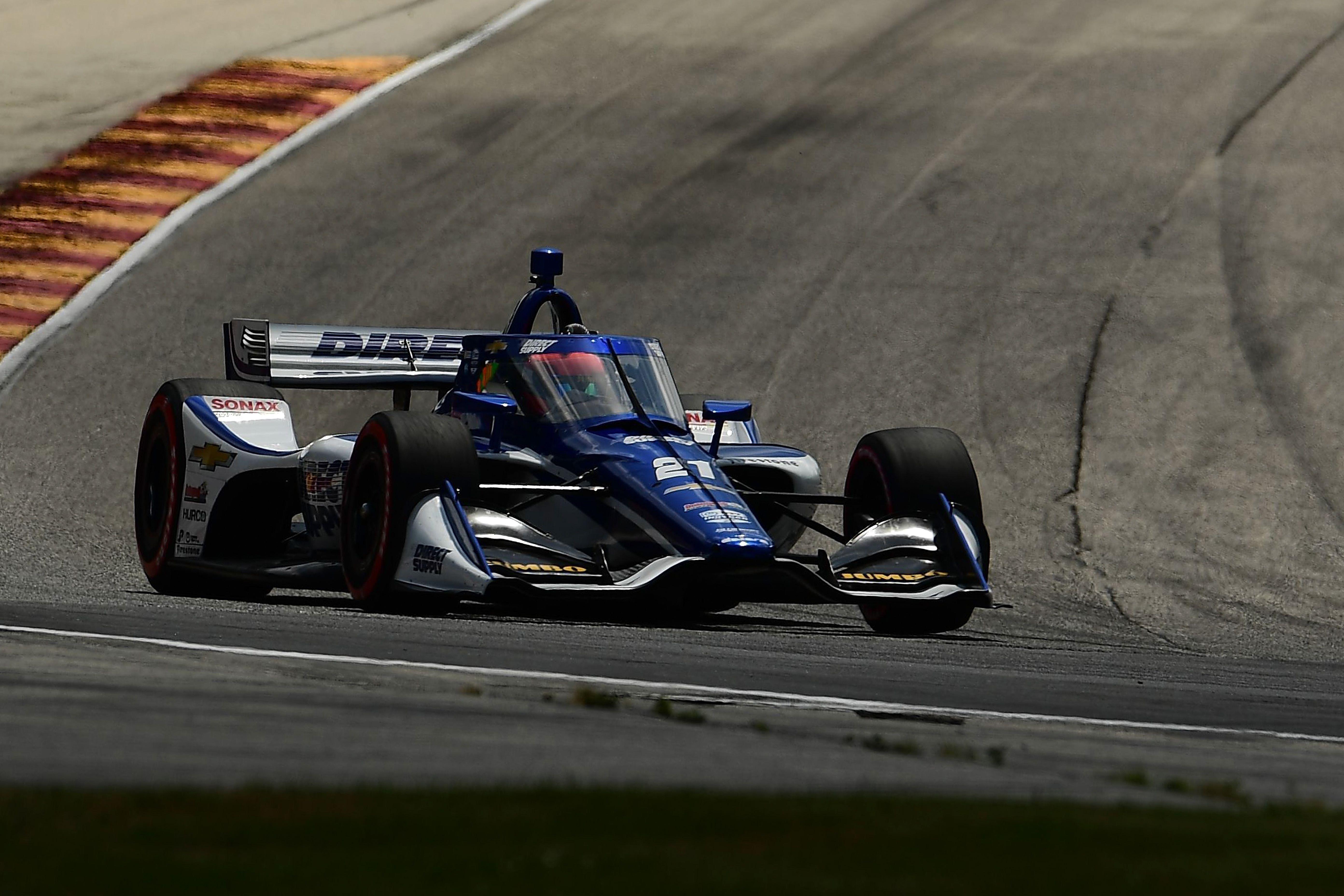 Rinus van Kalmthout uit Hoofddorp kan superstart geen gevolg geven: IndyCar-coureur eindigt als veertiende tijdens tweede race in Road America