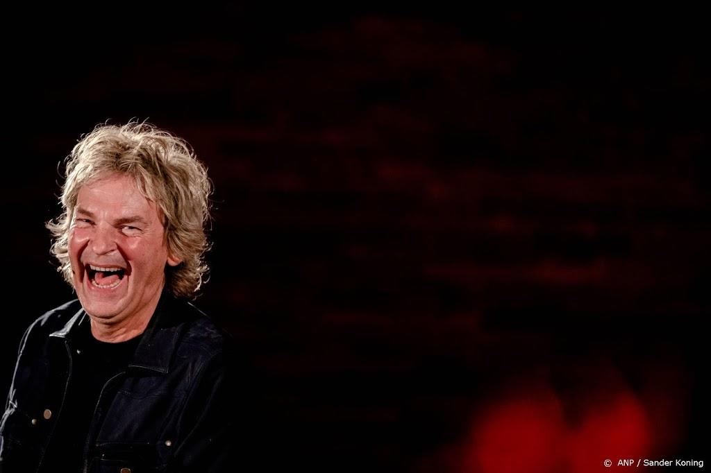 Van Nieuwkerk debuteert op oudejaarsavond met Matthijs Gaat Door
