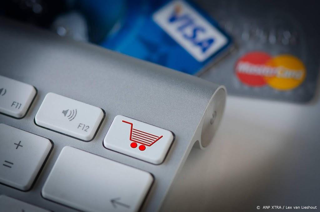 'Bredere voorlichting ouderen nodig over betalen bij webwinkel'