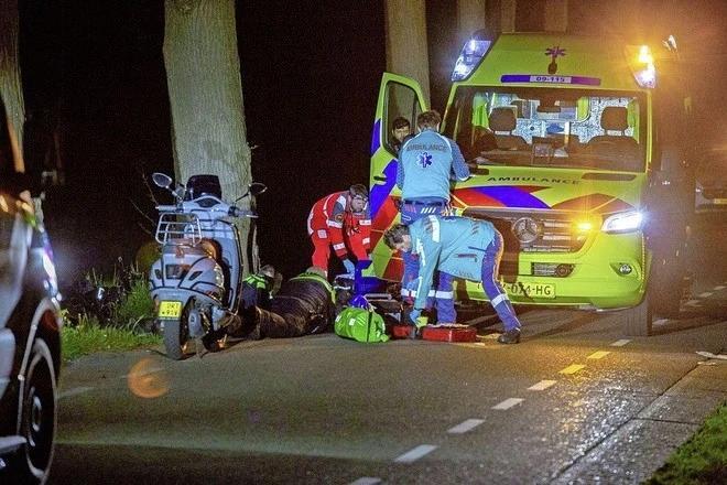 Ongeluk in Westbroek eist tweede leven, ook jongen (16) uit Maartensdijk overleden, woensdagavond stille tocht op plaats van ongeval