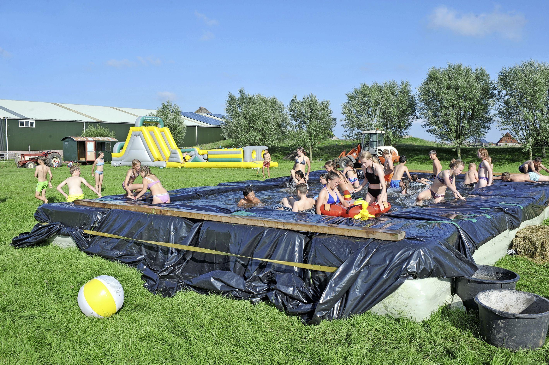 Leerlingen groep acht De Hoeksteen uit Krommenie toch op kamp, met dank aan de ouders
