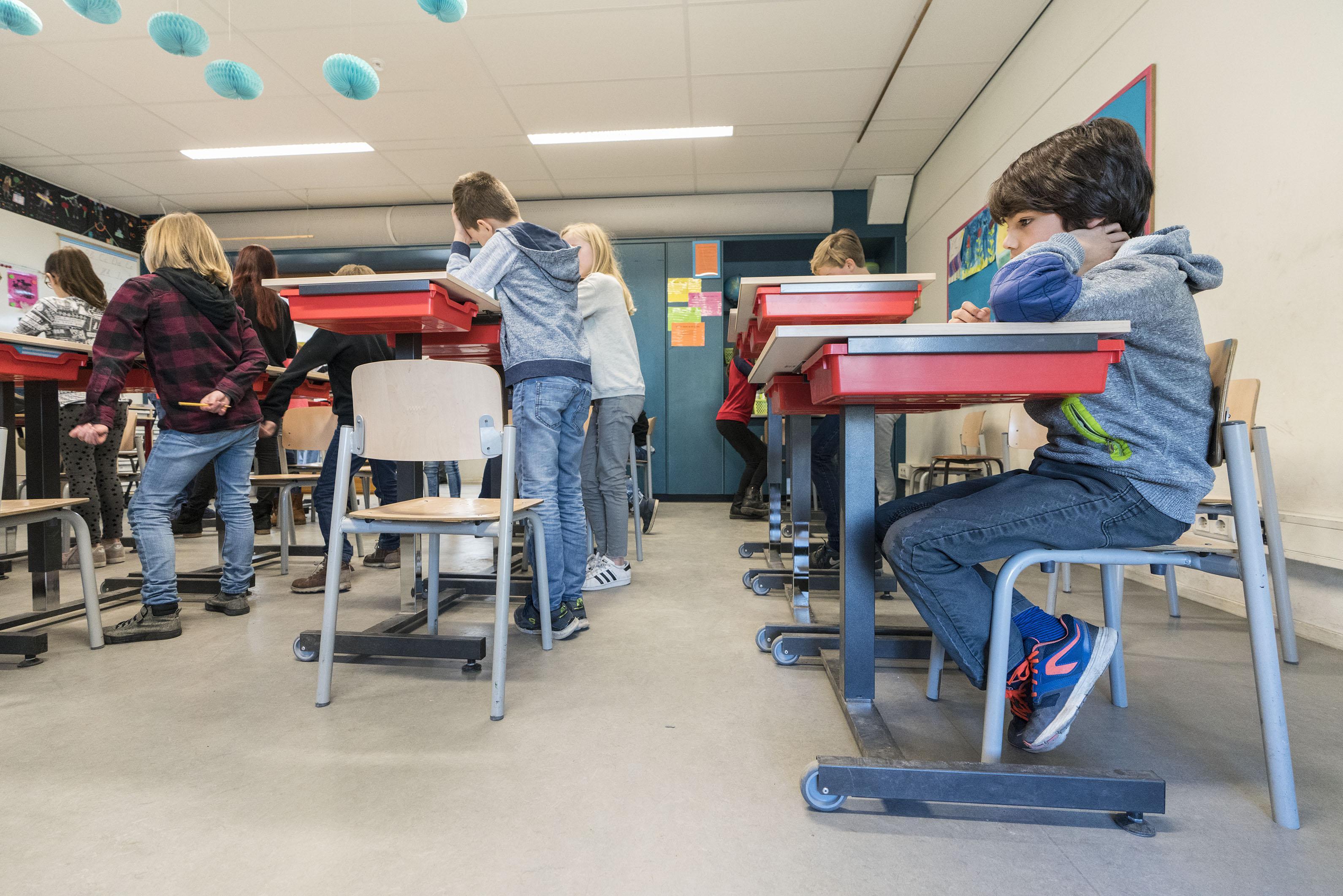 Proef: zittend of staand leren op de Lorentzschool