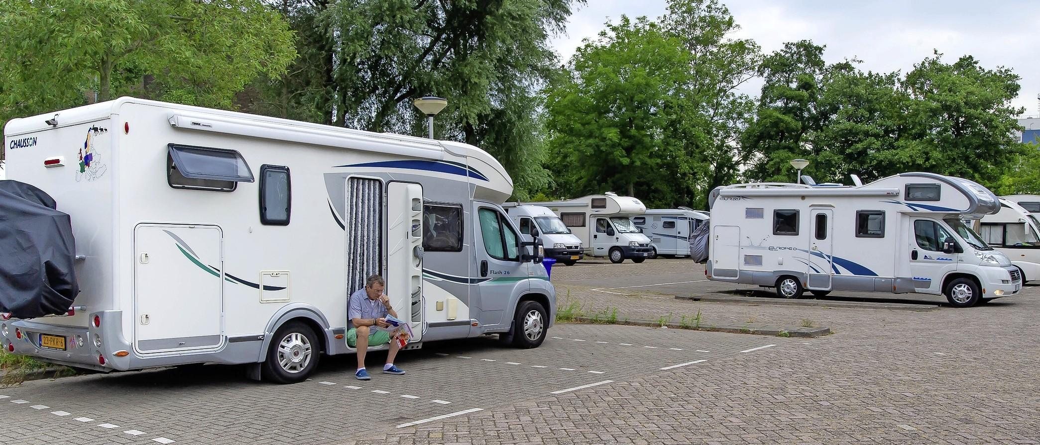 Camperovernachtingen op deel P+R terrein Zaandijk – Zaanse Schans nu verboden