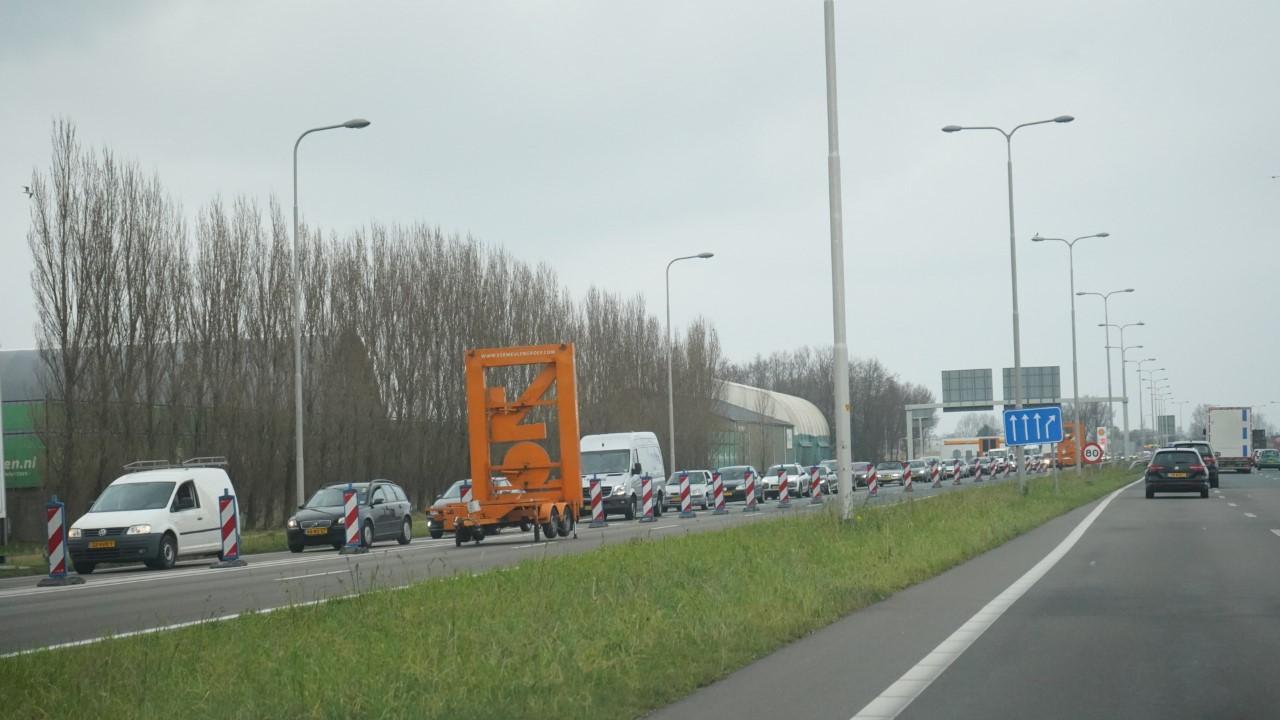 Afsluiting N242 zorgt voor vastgelopen wegen rond Alkmaar