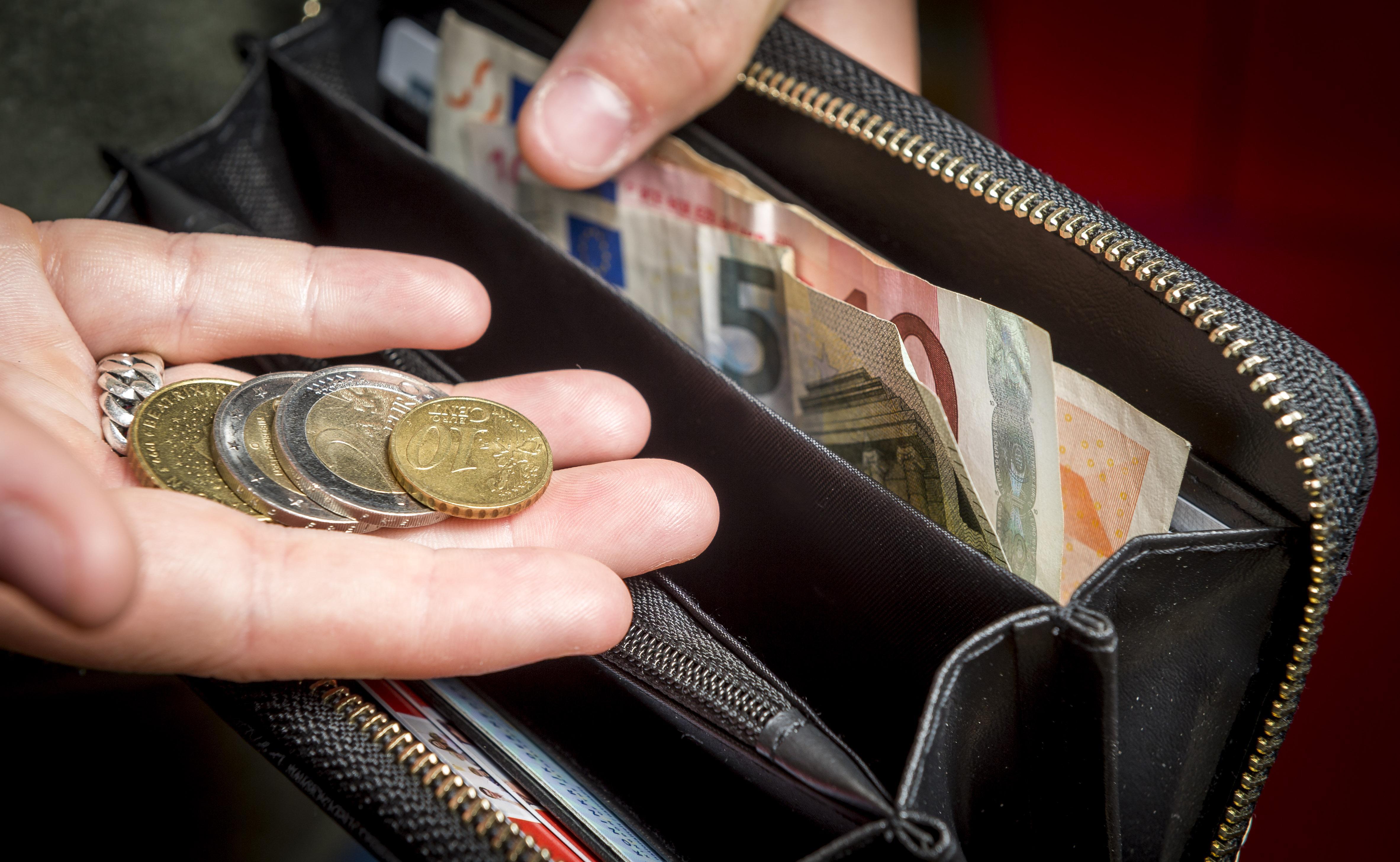 Een vloedgolf van mensen met geldproblemen komt op Den Helder af, waarschuwt het Nationaal Instituut voor Budgetvoorlichting
