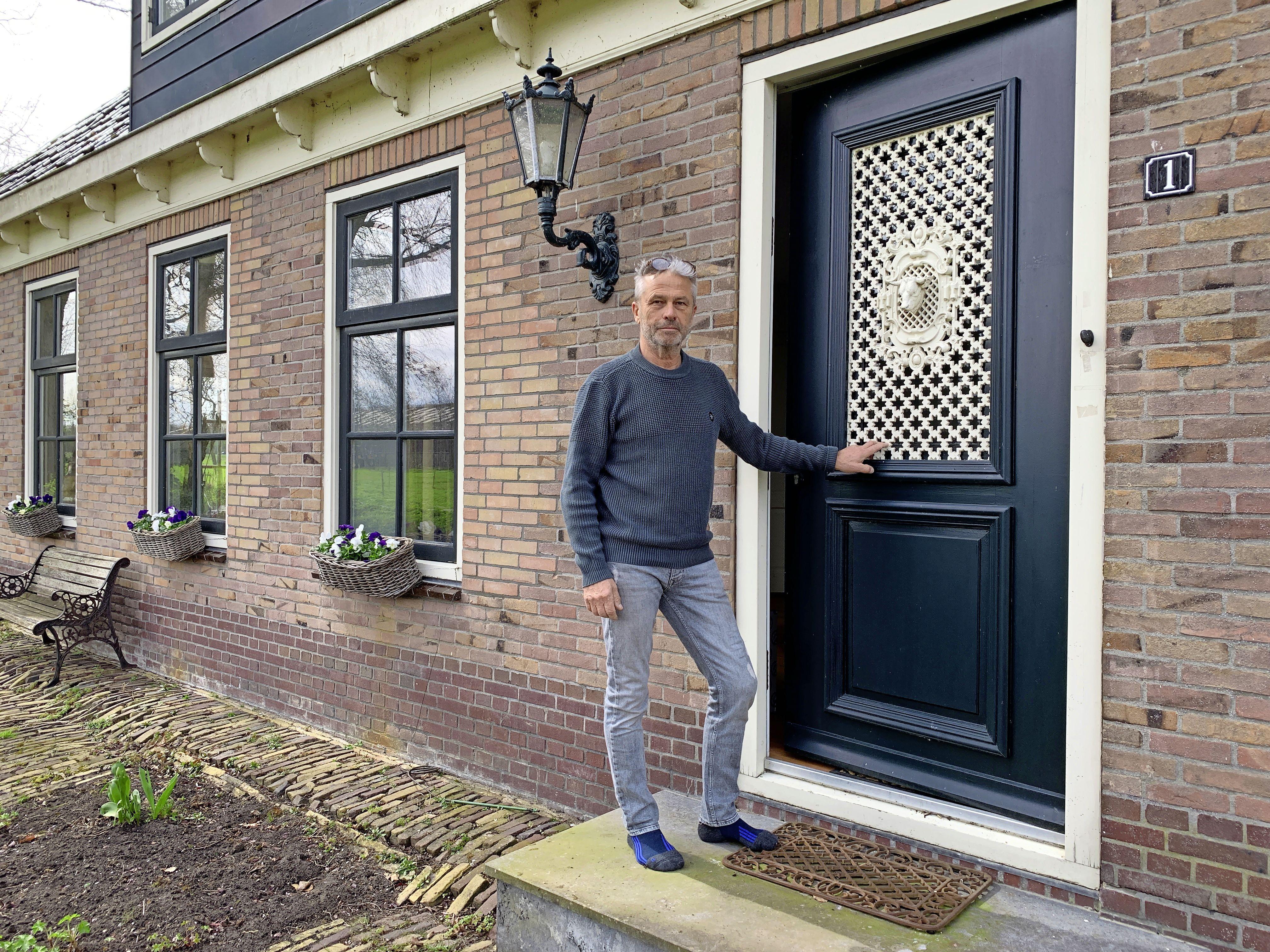 Forse toename aantal peperdure woningen in Zaanstreek-Waterland. In Noordbeemster staat het duurste huis te koop: 'Het is hier heerlijk wonen, lekker rustig'