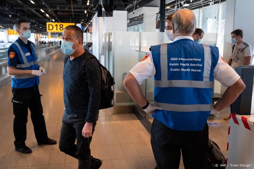 Marechaussee: overlast door vliegtuigpassagiers neemt toe
