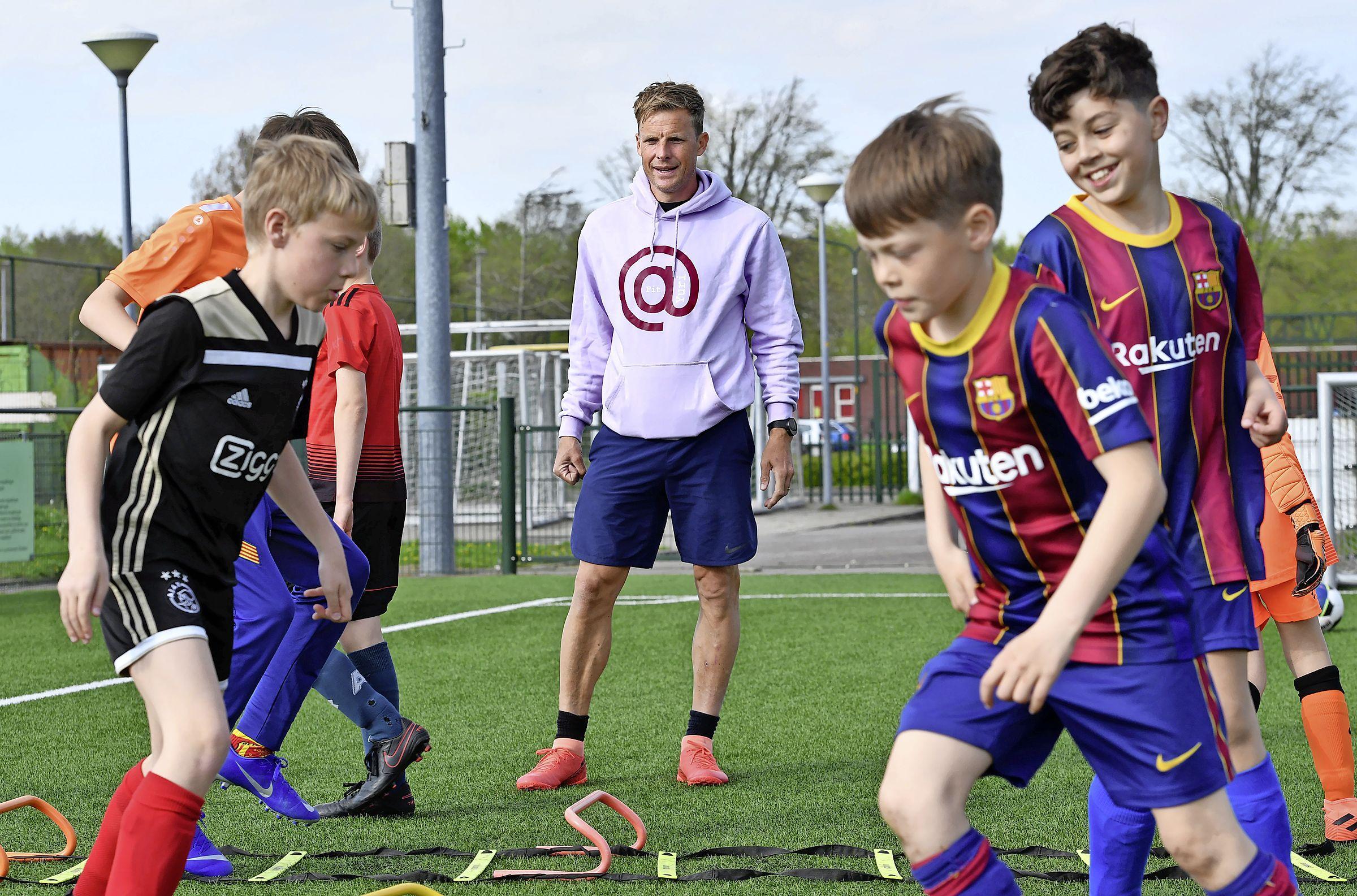 Yuri Cornelisse speelde met Scifo en Suarez, werkte daarna bij de zedenpolitie, maar is nu als trainer en lifestylecoach weer terug bij de basis