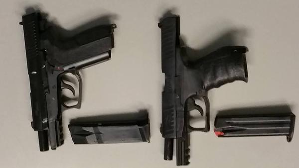 Nepwapen van jongen uit Almere in Muiden in beslag genomen