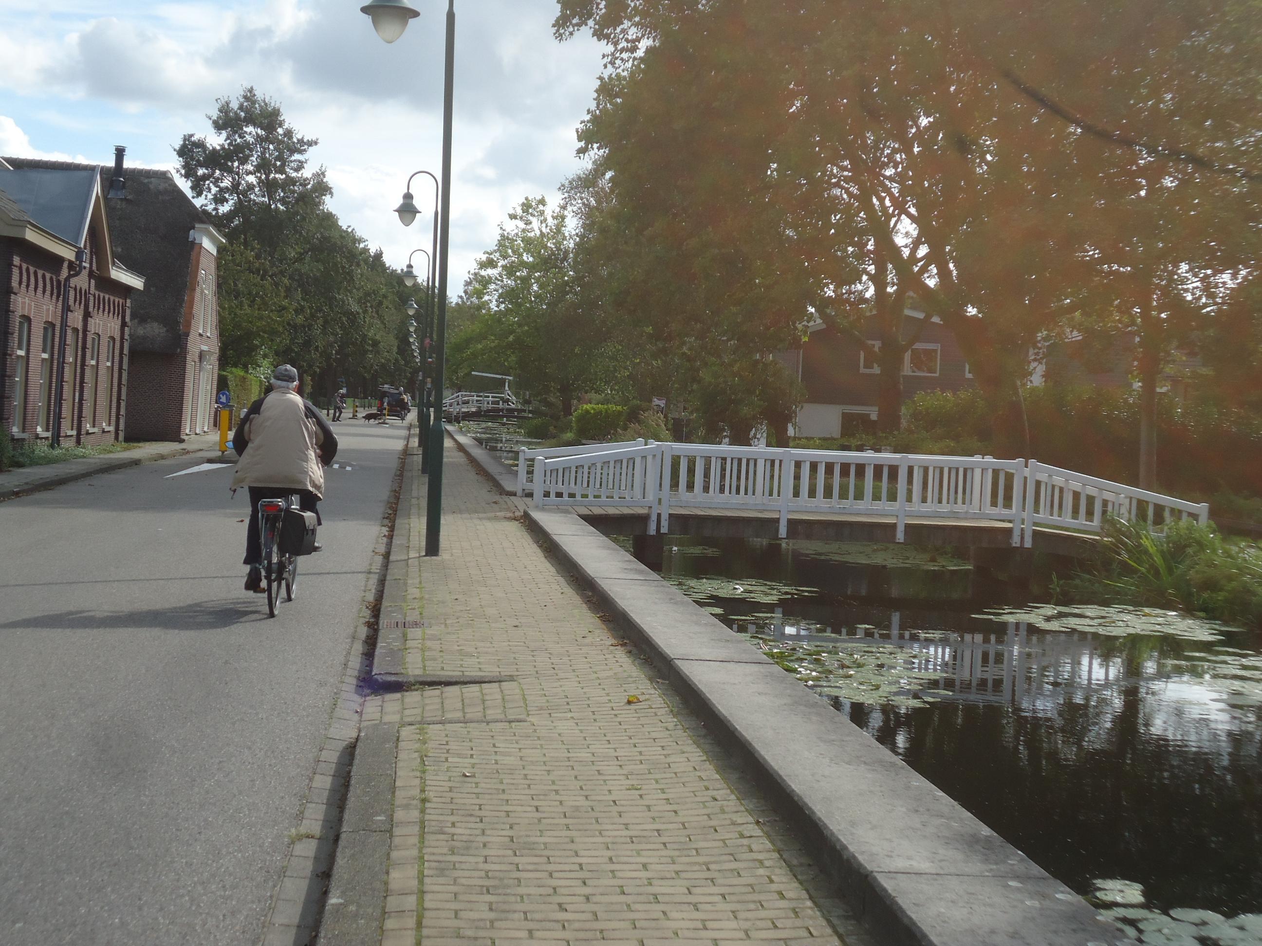 De Noordbuurtseweg in Zoeterwoude wordt een fietsstraat en daar heeft het CDA vraagtekens bij