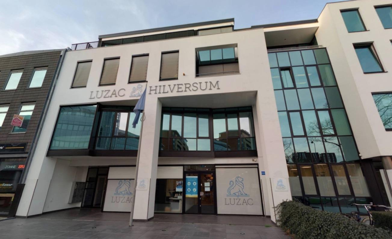 Coronagolf onder jongeren raakt ook examenleerlingen Luzac Hilversum. 'Ongetwijfeld te maken met besmettingen in Bussum'