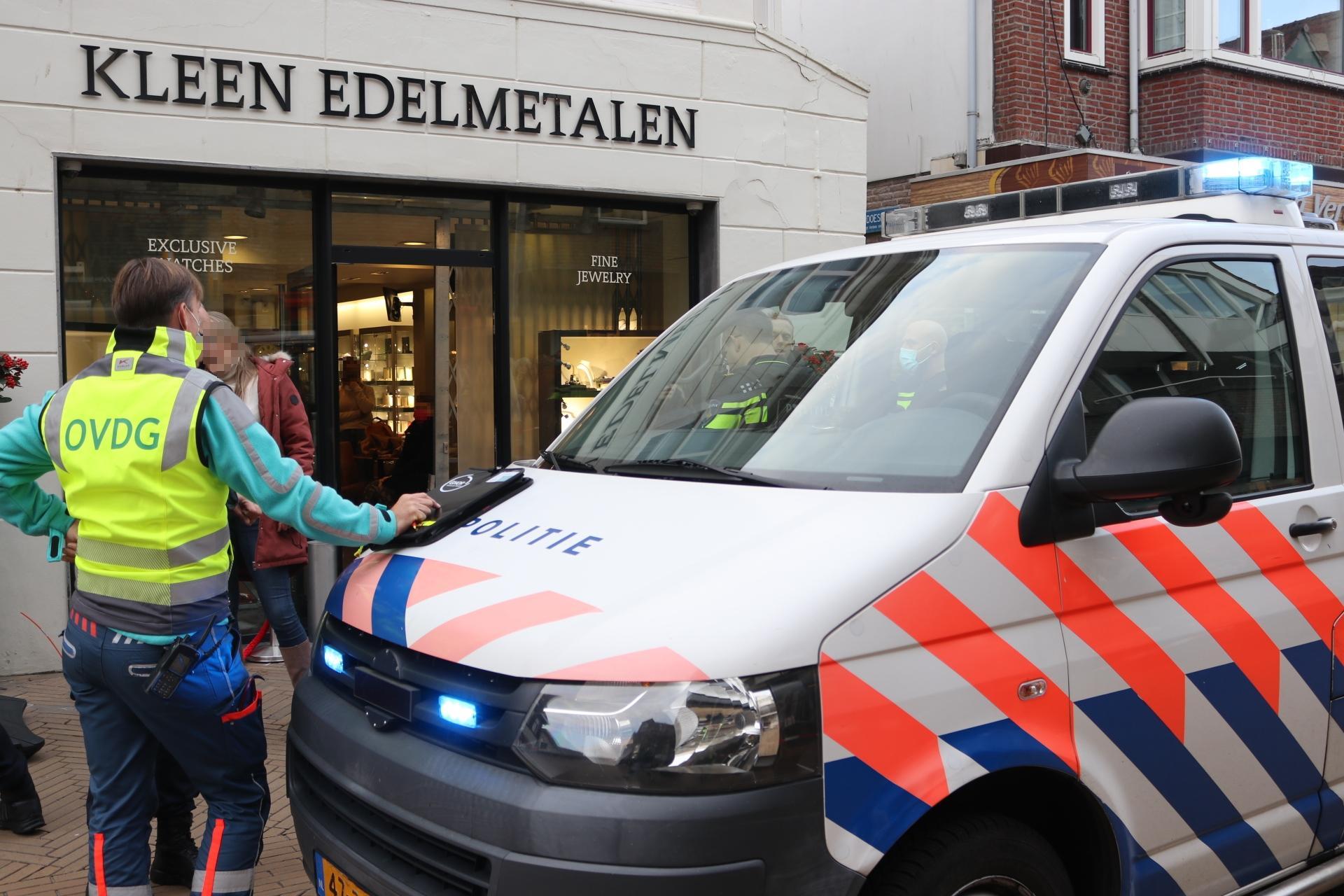 Daders overval op juwelier Katwijk aangehouden, één persoon zwaargewond [video]