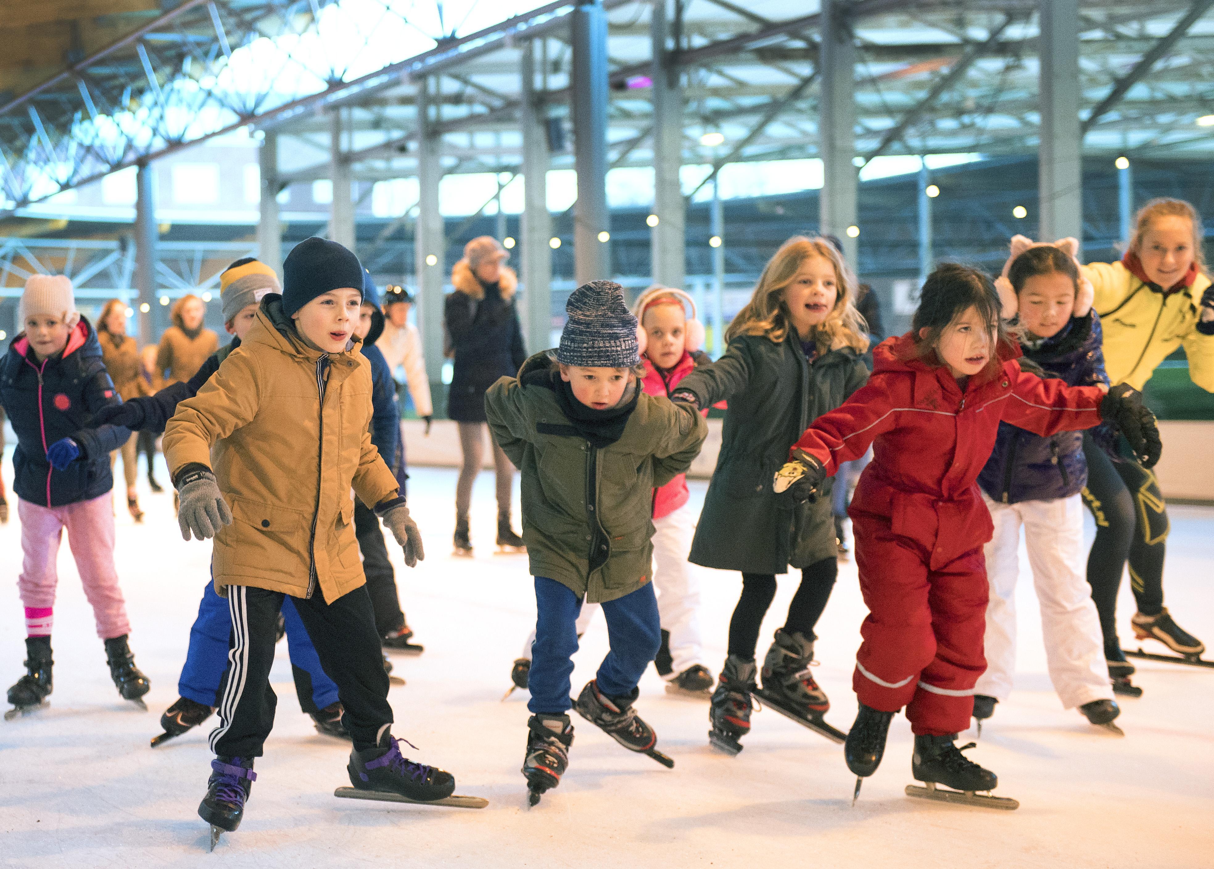 Onbegrip om maximaal honderd schaatsers op de Haarlemse ijsbaan: 'Gemeente blokkeert uitlaatklep'