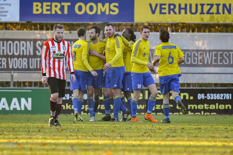 Velsen wint weer eens, ploeg verslaat Hollandia na benutte strafschop drie minuten voor tijd
