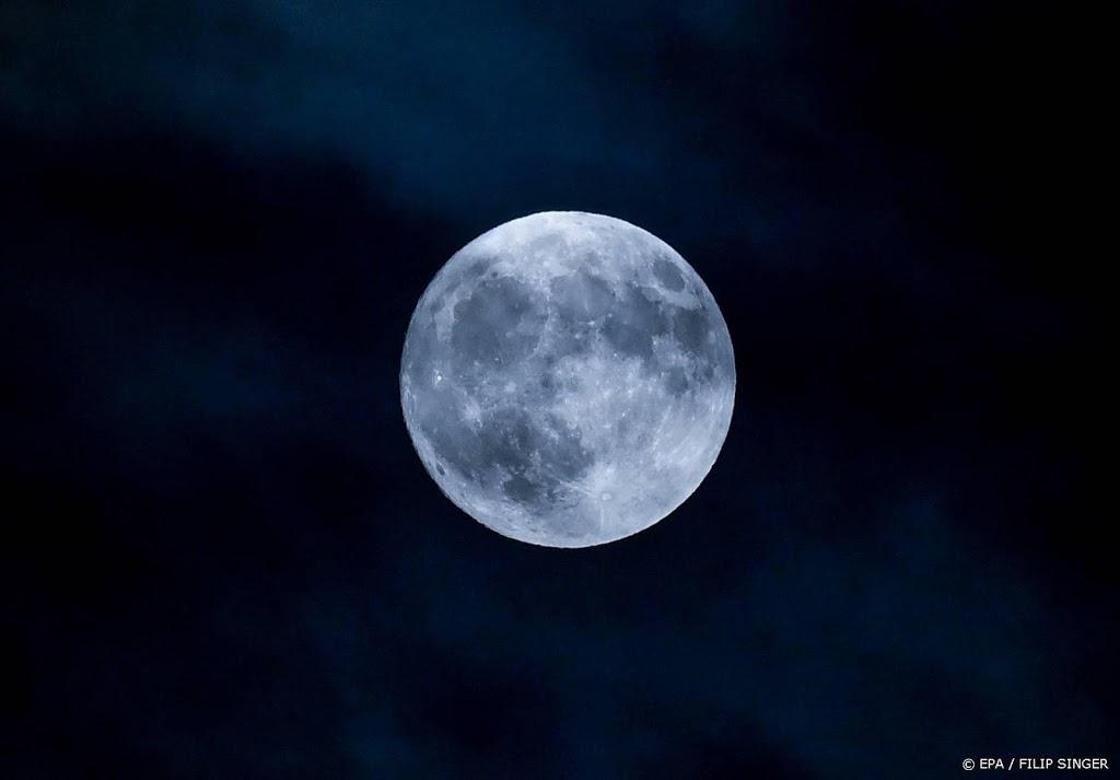 Twee Canadezen mogen naar de maan vliegen