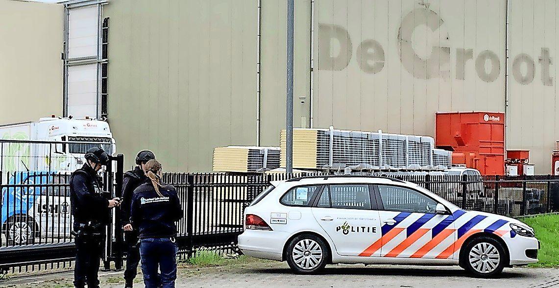 Is 'Lange Ali' uit Bussum de afperser van een fruitbedrijf in Hedel? Willekeurige werknemers zouden geliquideerd worden als de directie niet betaalt