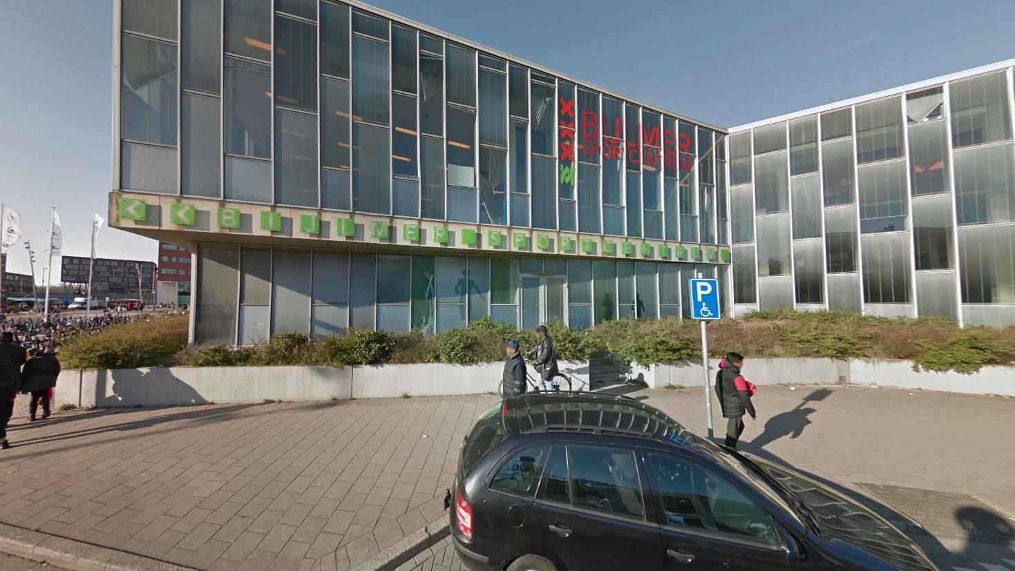 Zwembad Amsterdam Zuidoost.Medewerkers Zwembad Vervolgd Om Verdrinking Eritreer