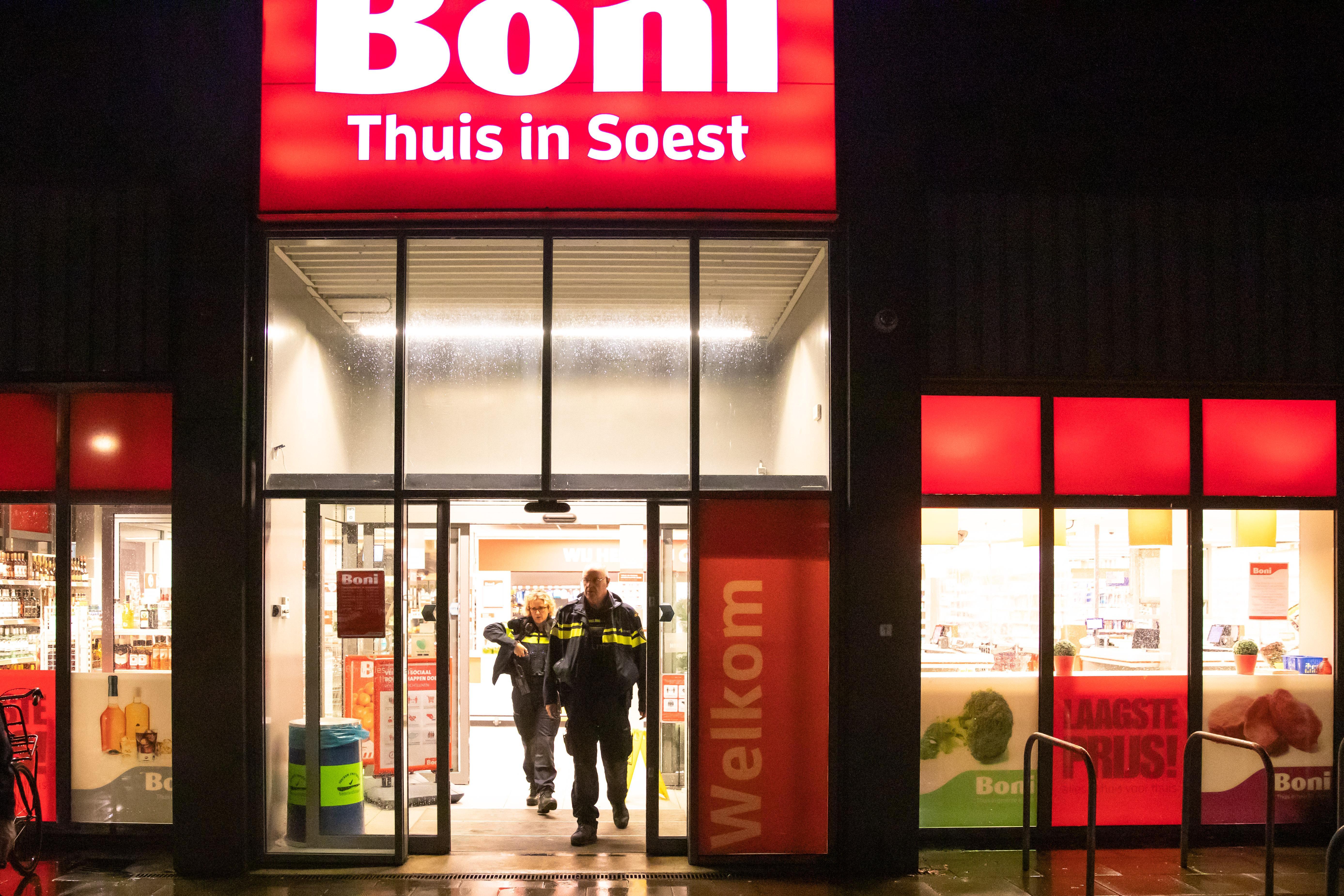 Baarnse jongens (15 en 17) opgepakt voor overval op Soester Boni, derde verdachte is nog voortvluchtig