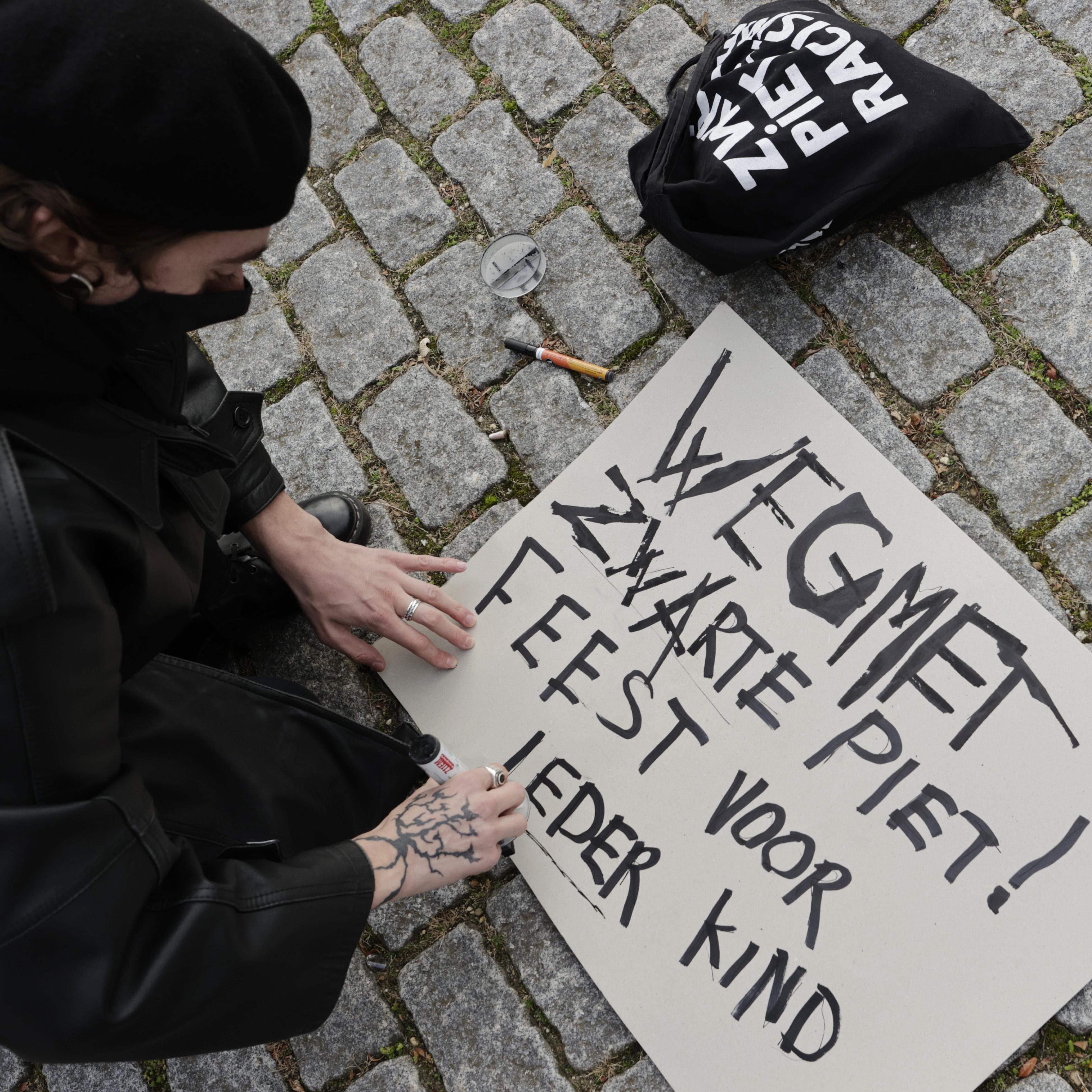 PVV Den Helder wil dat burgemeester stokje steekt voor eventuele protestacties van Kick Out Zwarte Piet op basisscholen