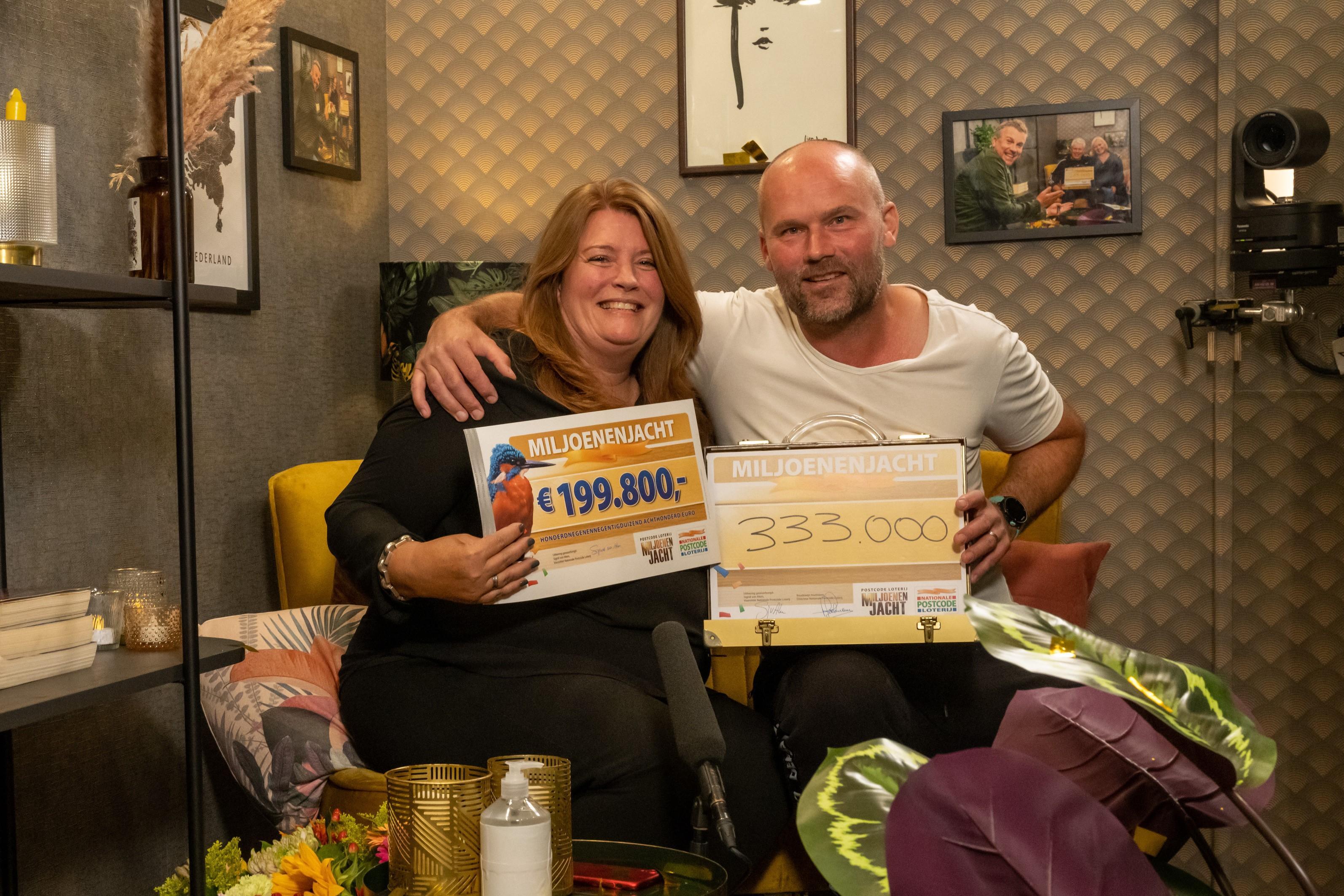 Bob en Arianneke uit Heerhugowaard winnen een half miljoen in de Postcode Loterij. 'Ik ben de gelukkigste man op aarde'