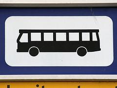 Flinke tegenvaller voor Hilversum bij de aanpassing van bushaltes voor mindervaliden: met geld dat ze heeft kan ze niet 72 maar slechts 33 haltes aanpakken