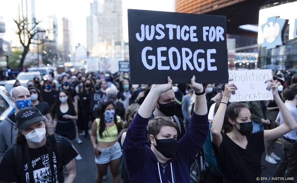 Rechter wil ex-agent die George Floyd vermoordde langer in cel